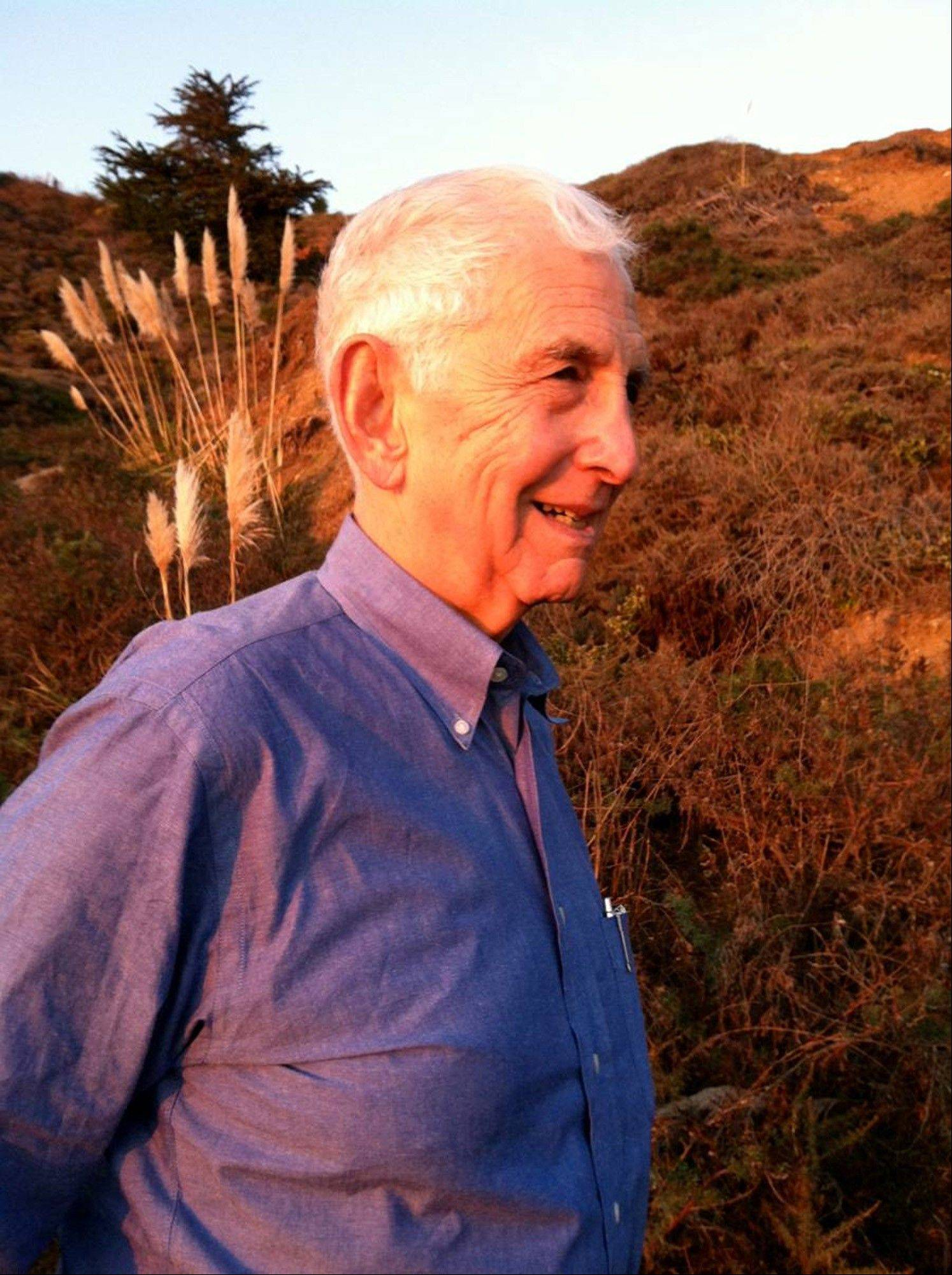 "Daniel Ellsberg requested a surgeon who would perform hip replacement surgery using the anterior method and said his experience was ""amazing."""