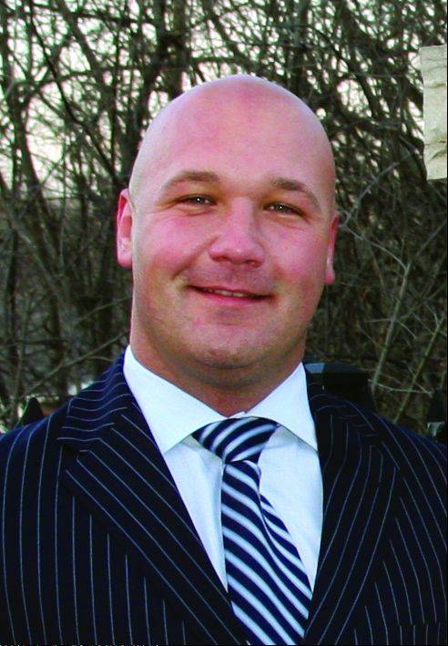 Casey Urlacher, Brian Urlacher's brother, won the Mettawa mayor's race.