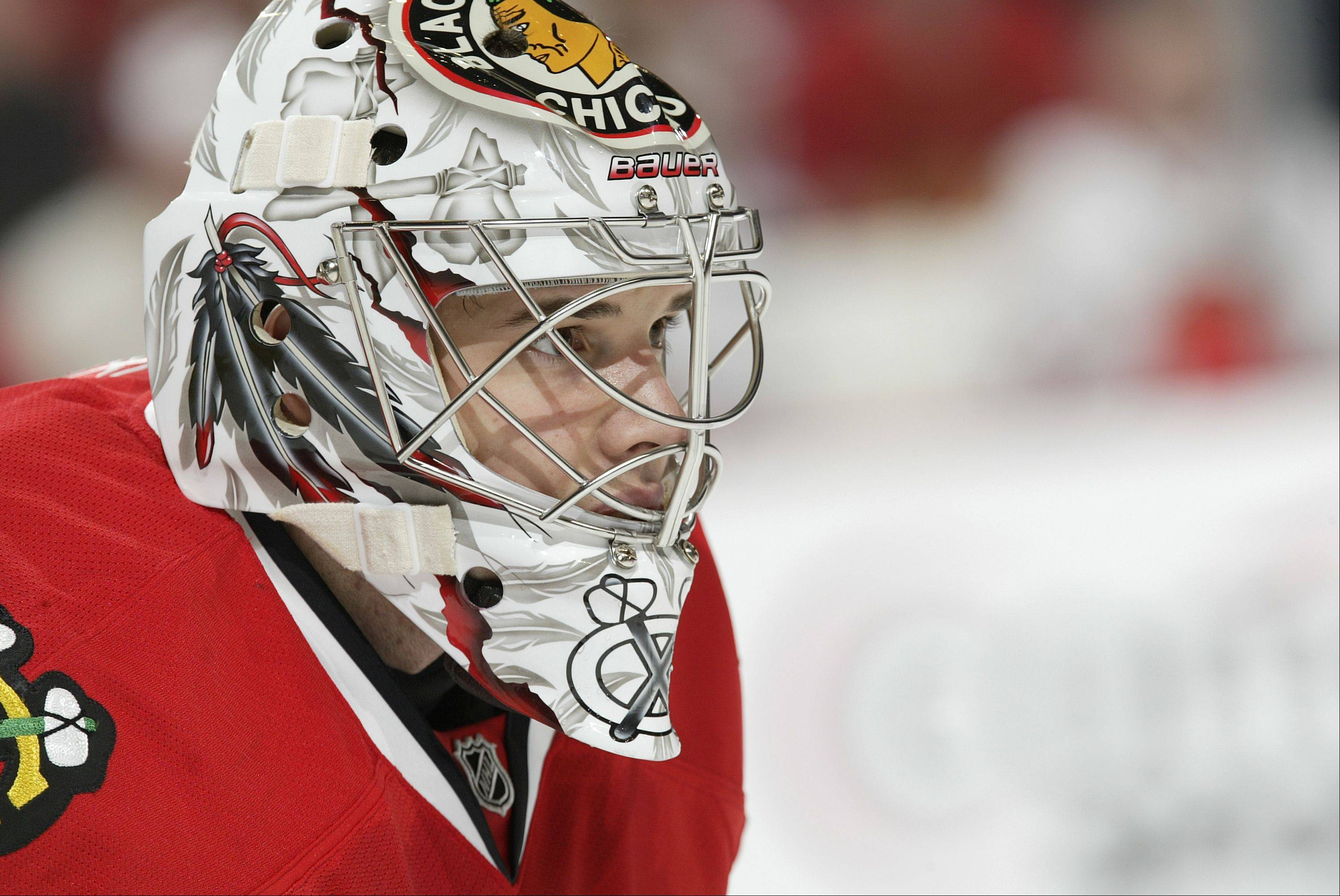 Goalie controversy? Hawks don't buy it
