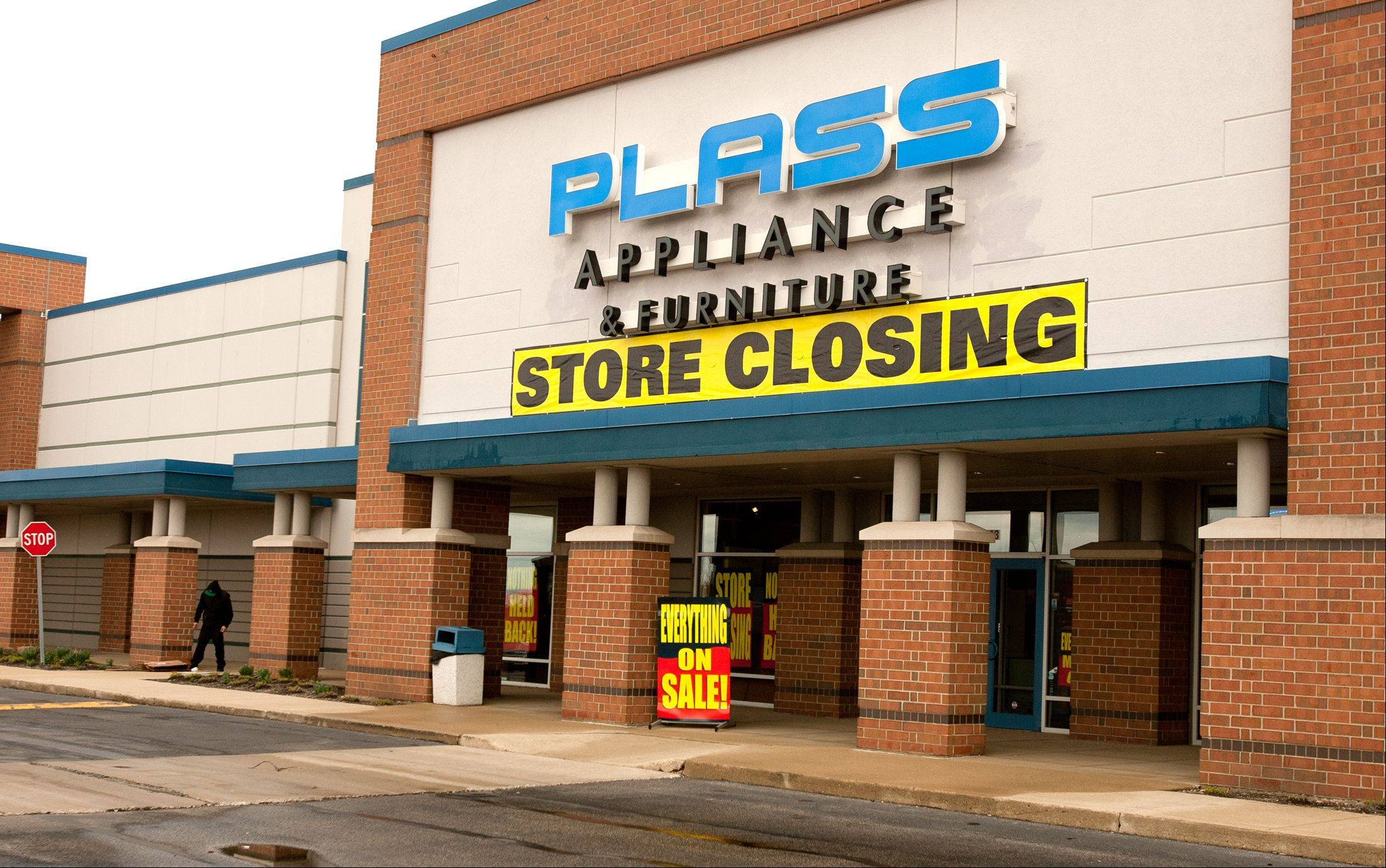 Plass Appliance stores going out of business. This is the Naperville location.