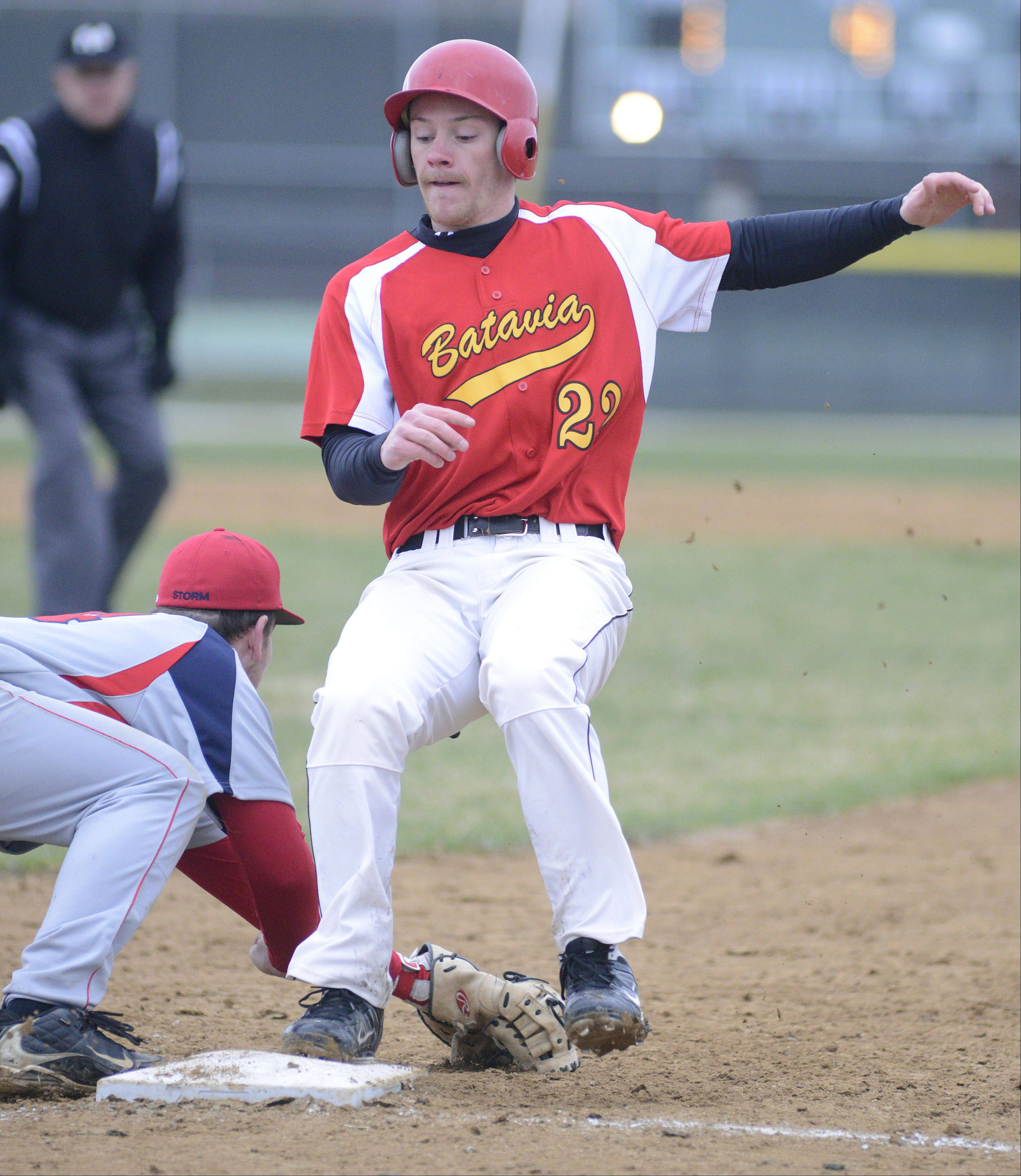 Batavia's Robbie Bowman is safe at first Friday.
