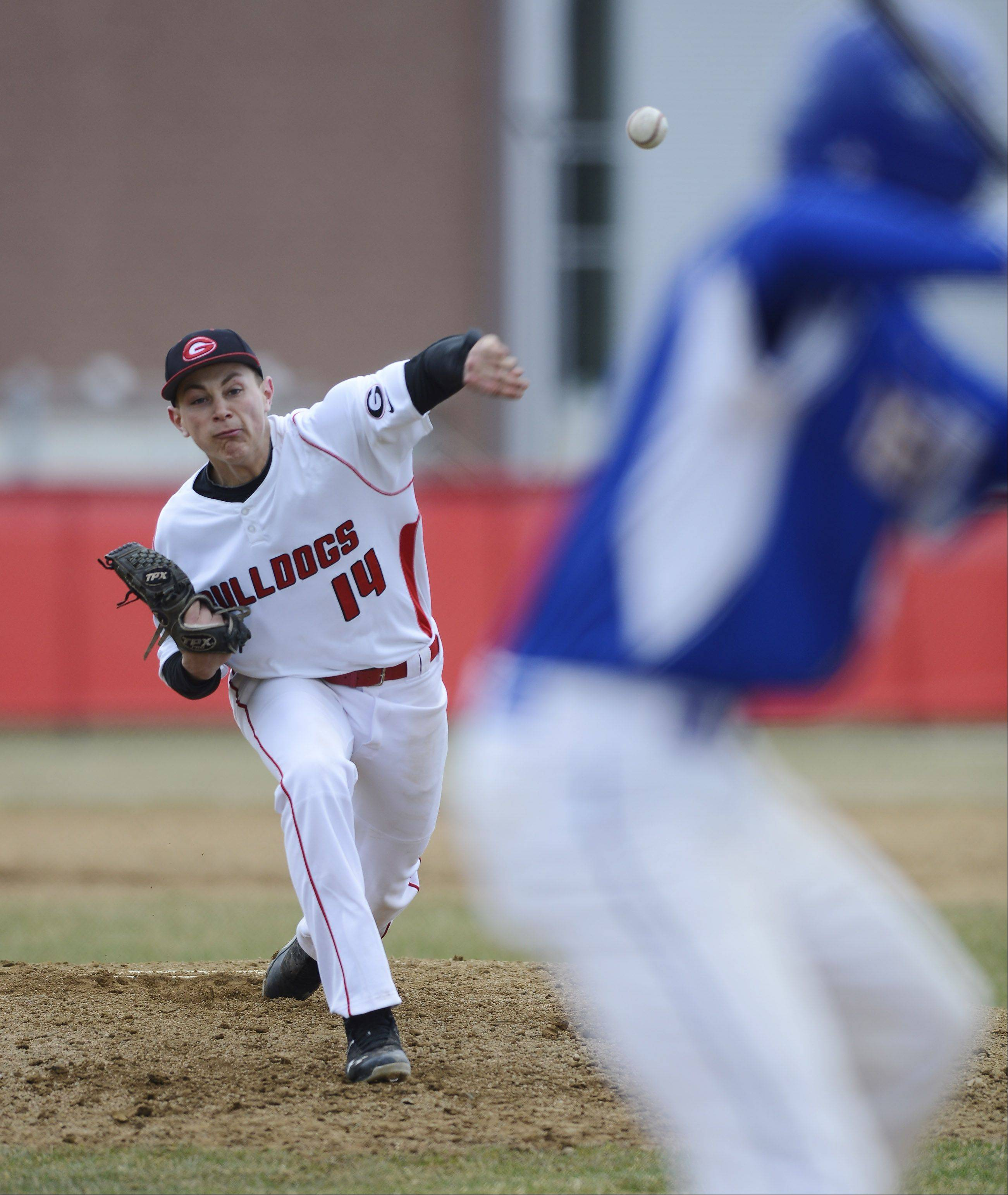 Grant's Ryan Noda delivers a pitch during Saturday's game against Warren.