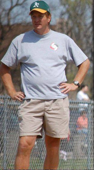 Mike Jones, former head of Mundelein's youth baseball program, died about six months ago at the age of 50.