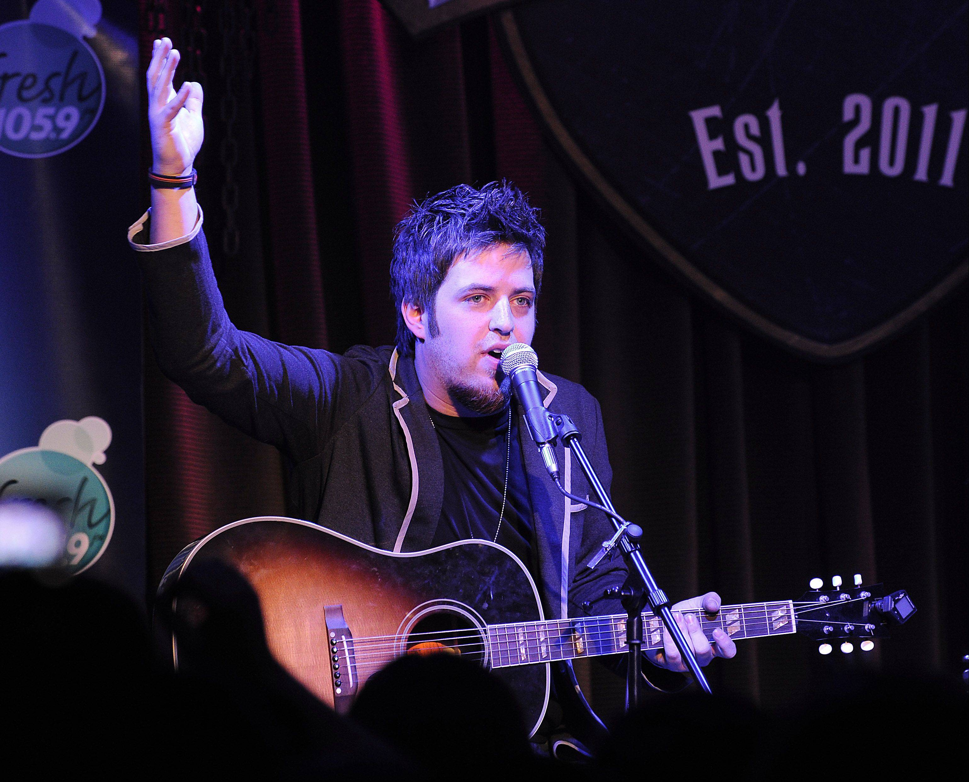 Lee DeWyze boasts new album, new label and a return to Viper Alley