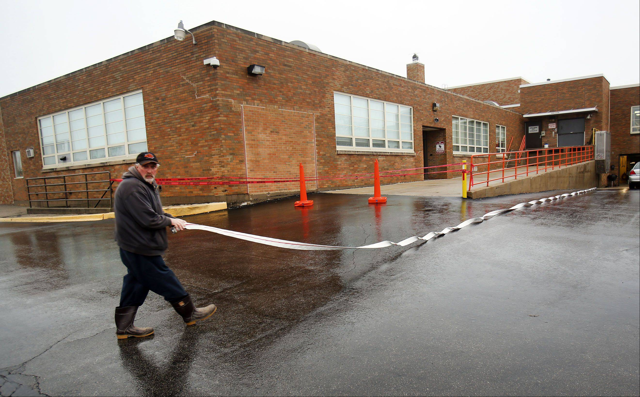 Libertyville High School subbasement flooded, classes canceled