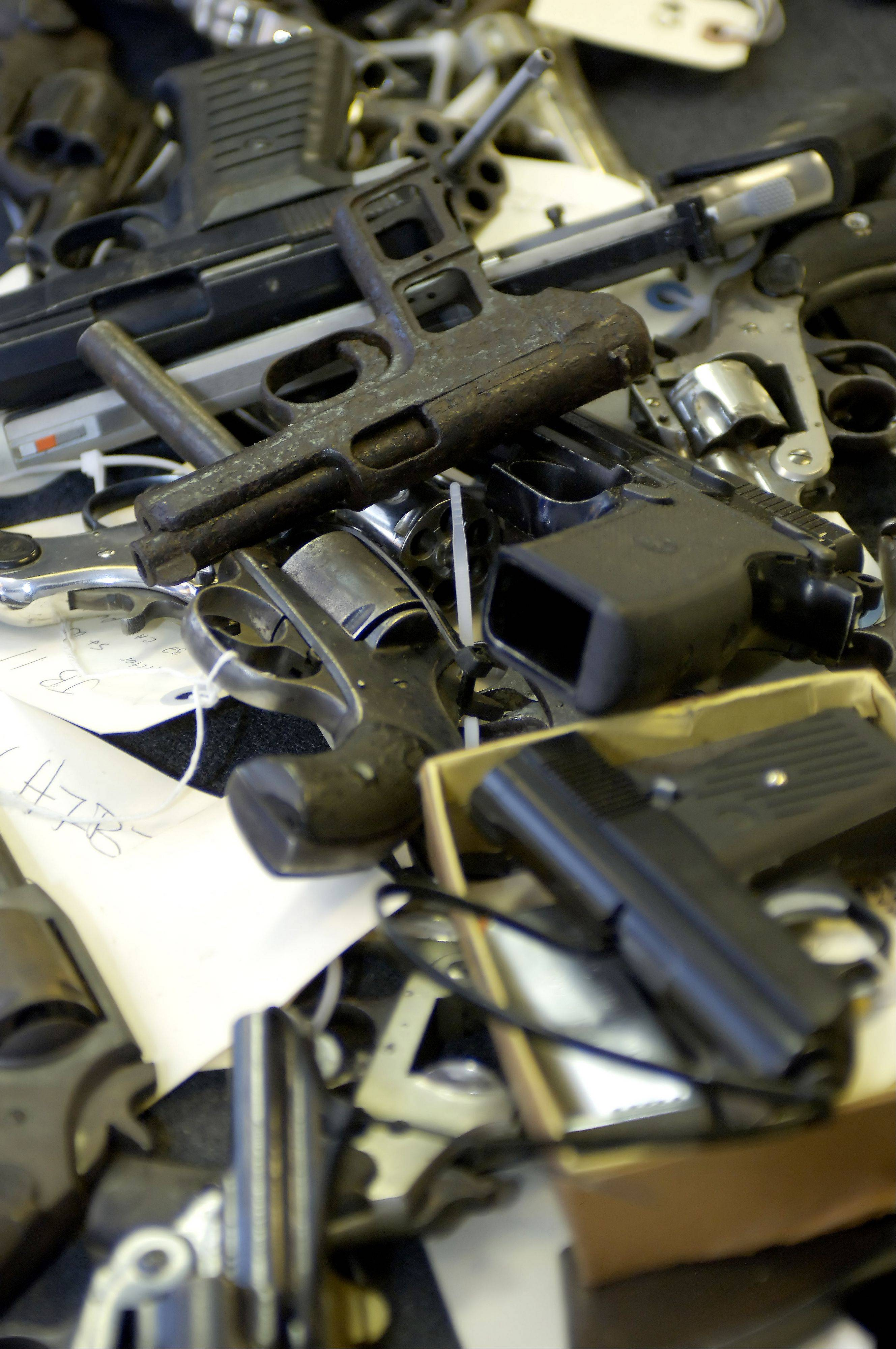 Lawmakers rejected a plan to allow Illinoisans to carry concealed firearms.