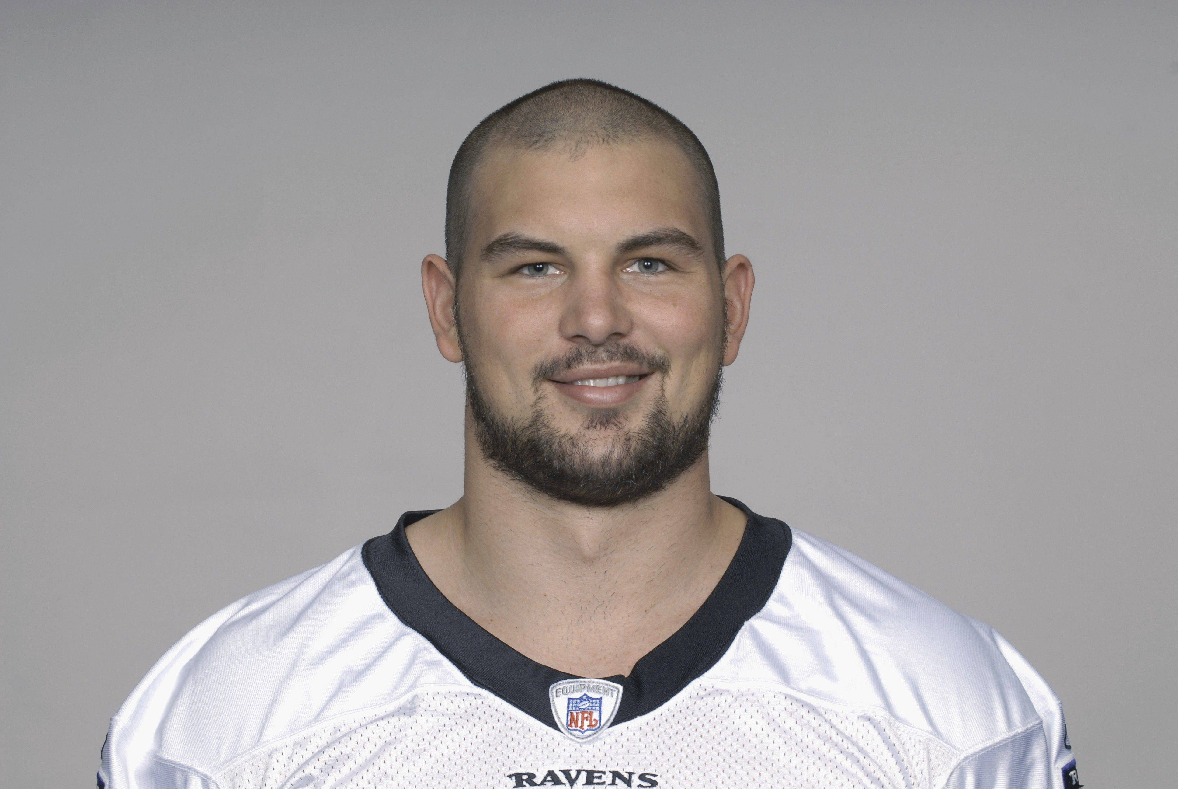 A former quarterback at Buffalo Grove High School, Tom Zbikowski was a special teams star and backup safety for the Baltimore Ravens before joining the Indianapolis Colts last season. Now he's a member of the Bears.