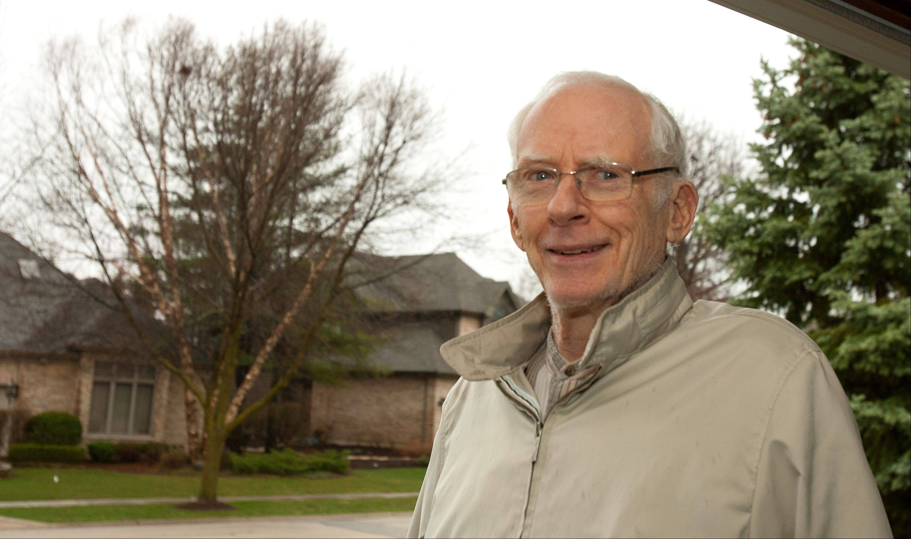 Stepping outside his Itasca home during one of the warmest and driest moments of last week, legendary TV meteorologist Harry Volkman says he appreciates all kinds of weather.