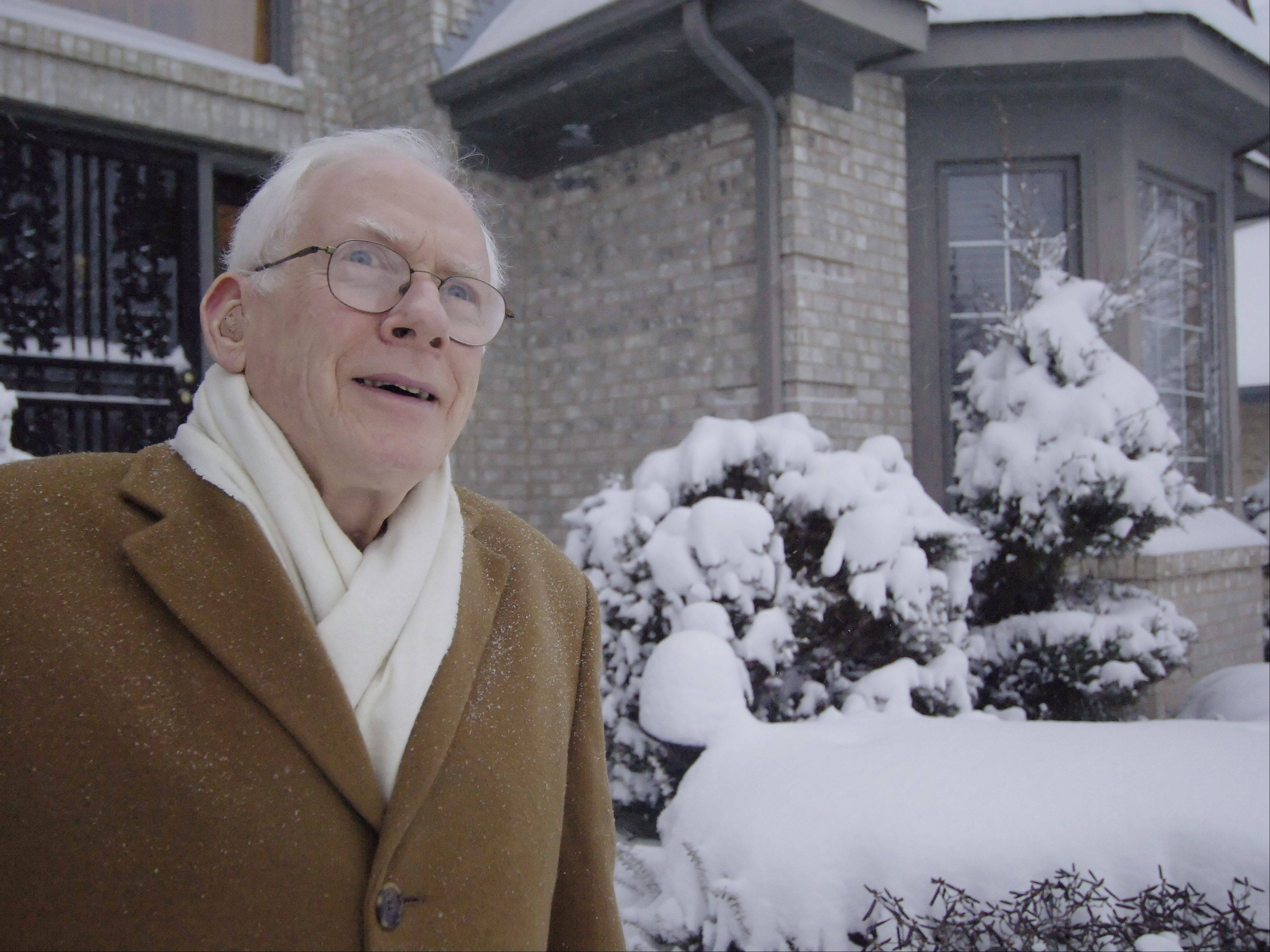 This freak snowstorm in February 2007 brought legendary meteorologist Harry Volkman out of his Itasca home to talk about unusual weather. Having turned 87 on Thursday, Harry might be best remembered for the controversial time he became the first person to broadcast a tornado warning on TV.