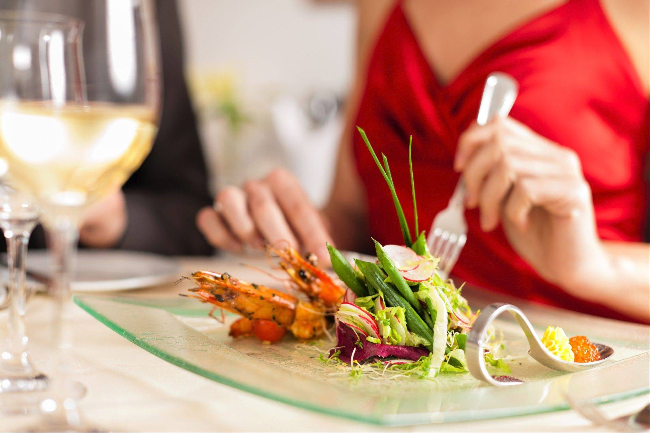 Eating out can be tough when you�re on a diet, but some tips can help you survive it.