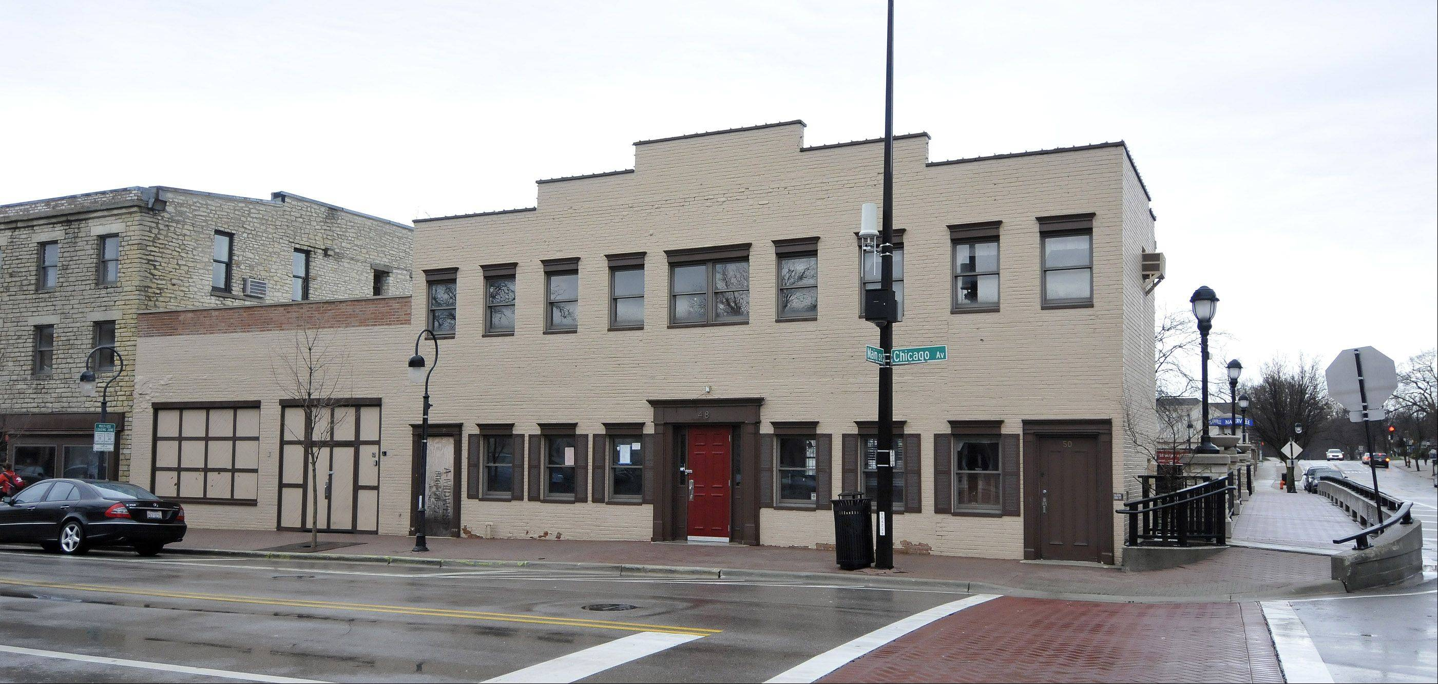 Naperville City Council members are struggling with whether to allow a new late-night liquor permit to allow Ballydoyle to open in the old Rosebud restaurant location at Chicago Avenue and Main Street.