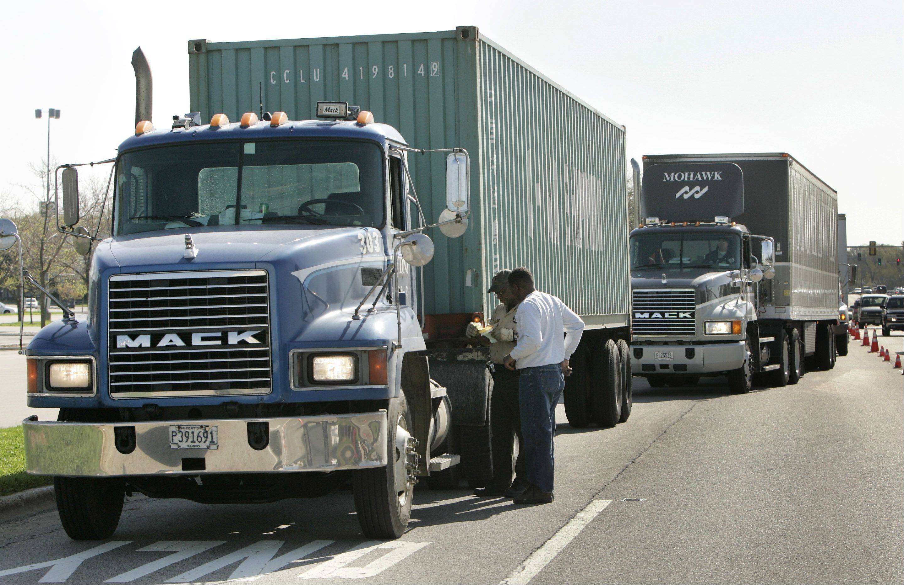 The U.S. Department of Labor has recovered $25,000 in back wages owed to 10 truck drivers who were part of a federally funded highway project near Chicago.