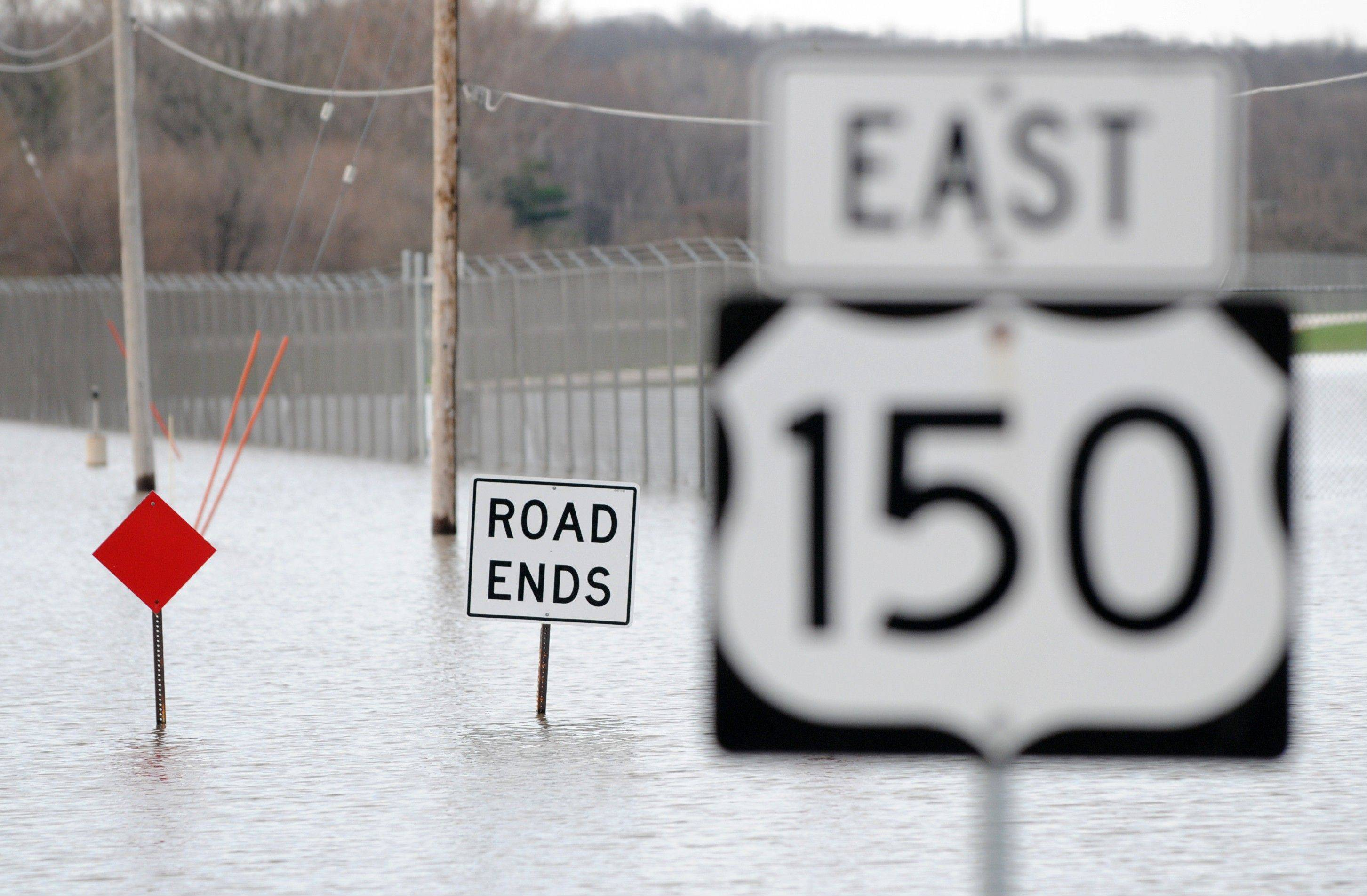 Hundreds of state workers are helping as Illinois recovers from flooding.