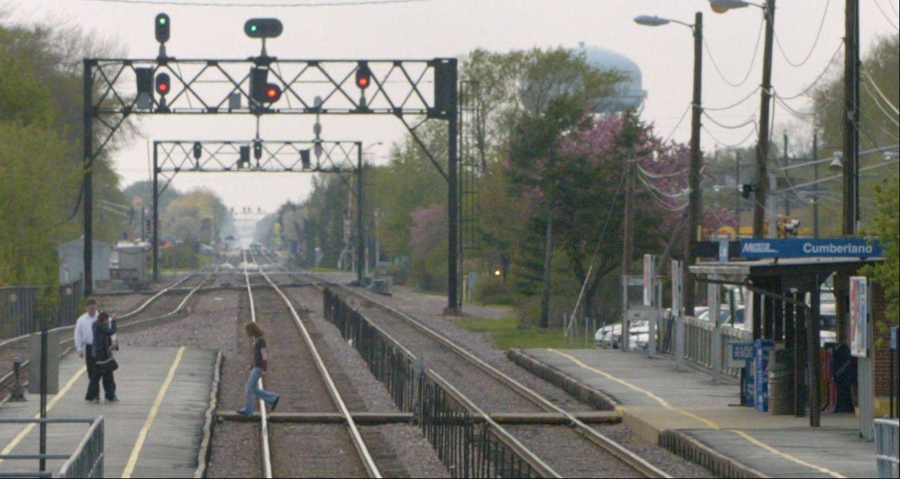 Whether railroad signals were tested in a timely manner is at the heart of a dispute involving Metra and a whistle-blower, who was awarded $38,000 by federal authorities.