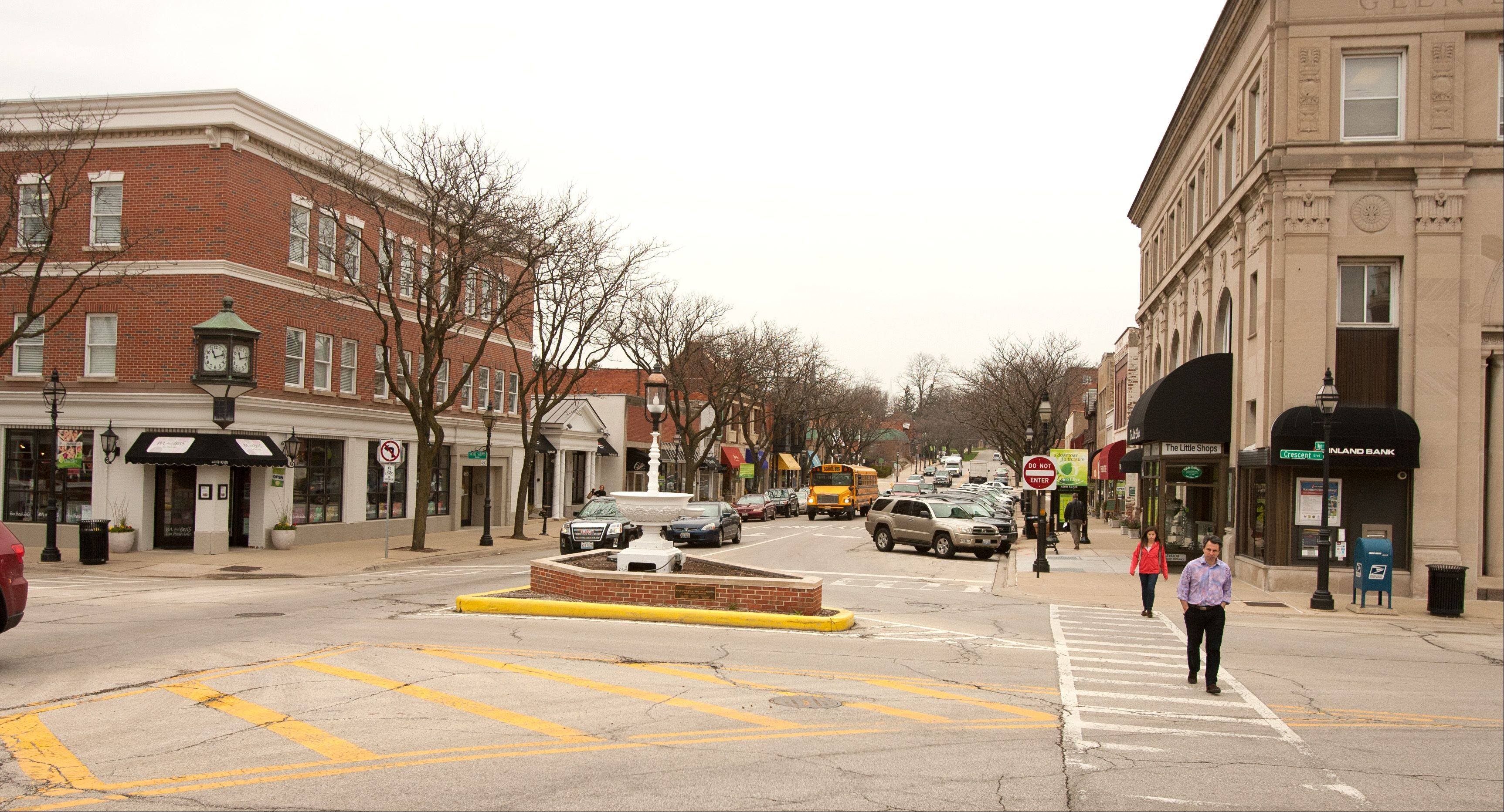 Glen Ellyn's downtown is being considered for listing on the National Register of Historic Places. The Illinois Historic Sites Advisory Council will make that determination this summer.