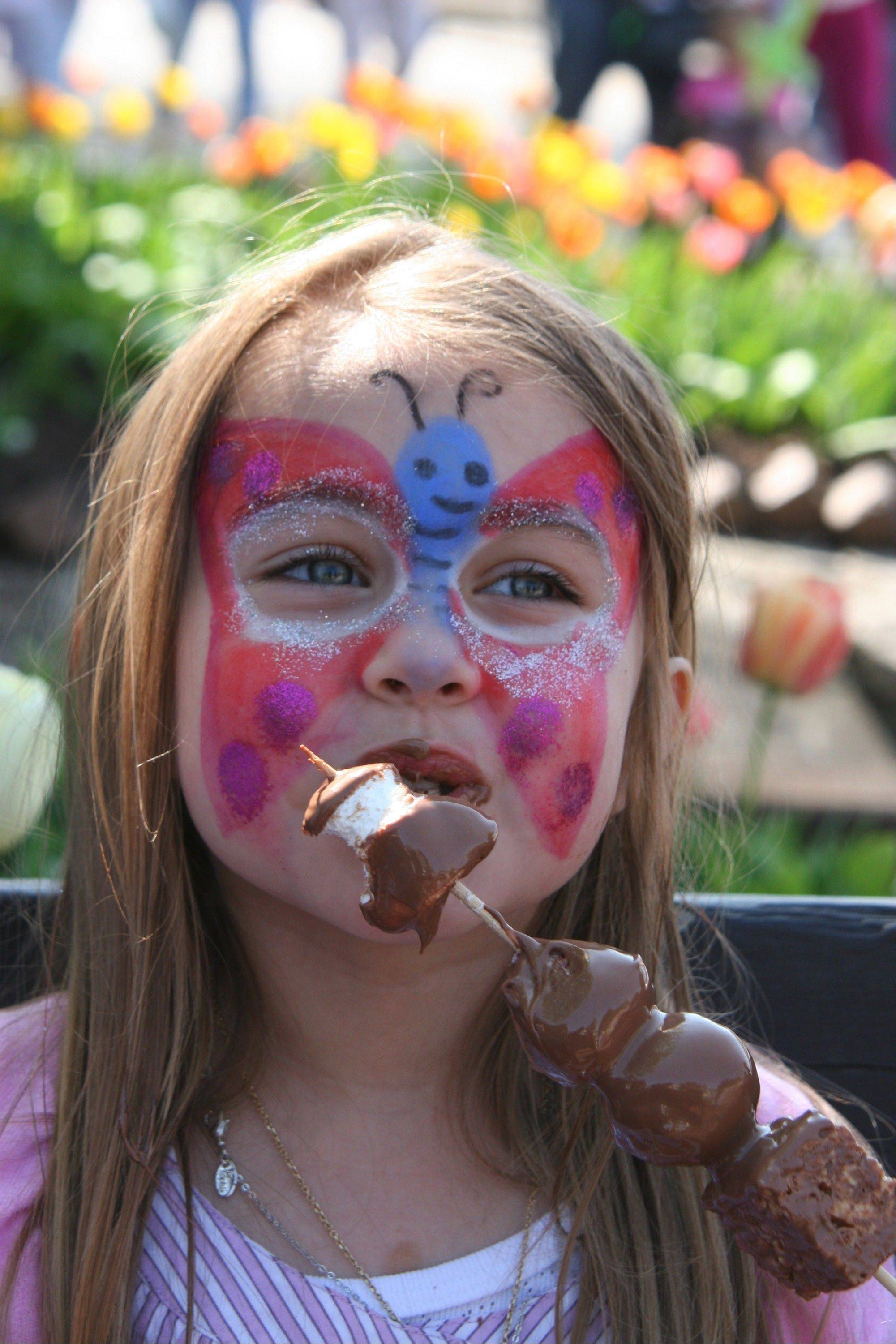 Live music, shopping and lots of chocolate make up the annual Long Grove Chocolate Festival.