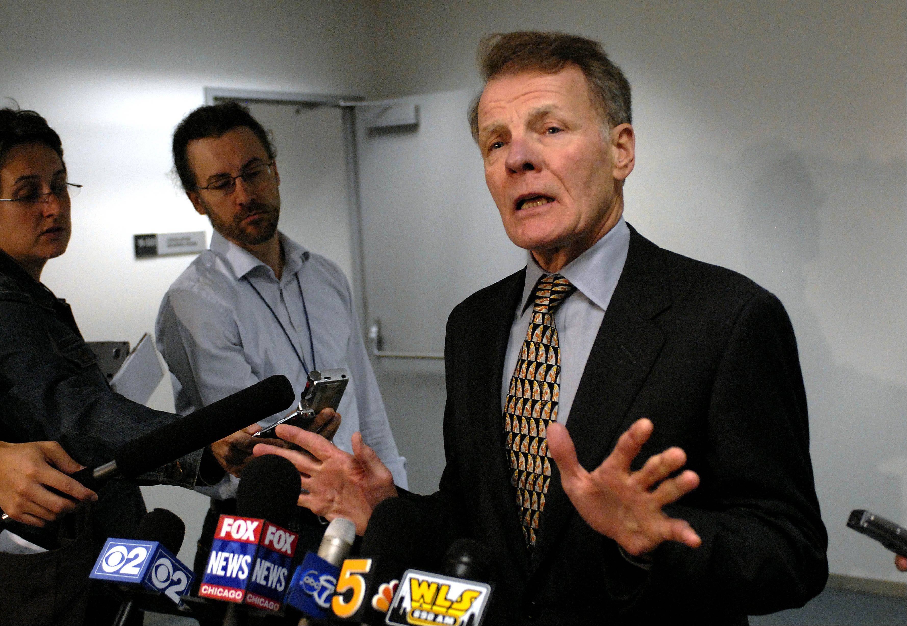 House Speaker Michael Madigan Tuesday backed a pension plan that would raise the retirement age for public employees, cut retirees� annual pension raises and cap how much of a worker�s salary could count toward calculating his or her pension.