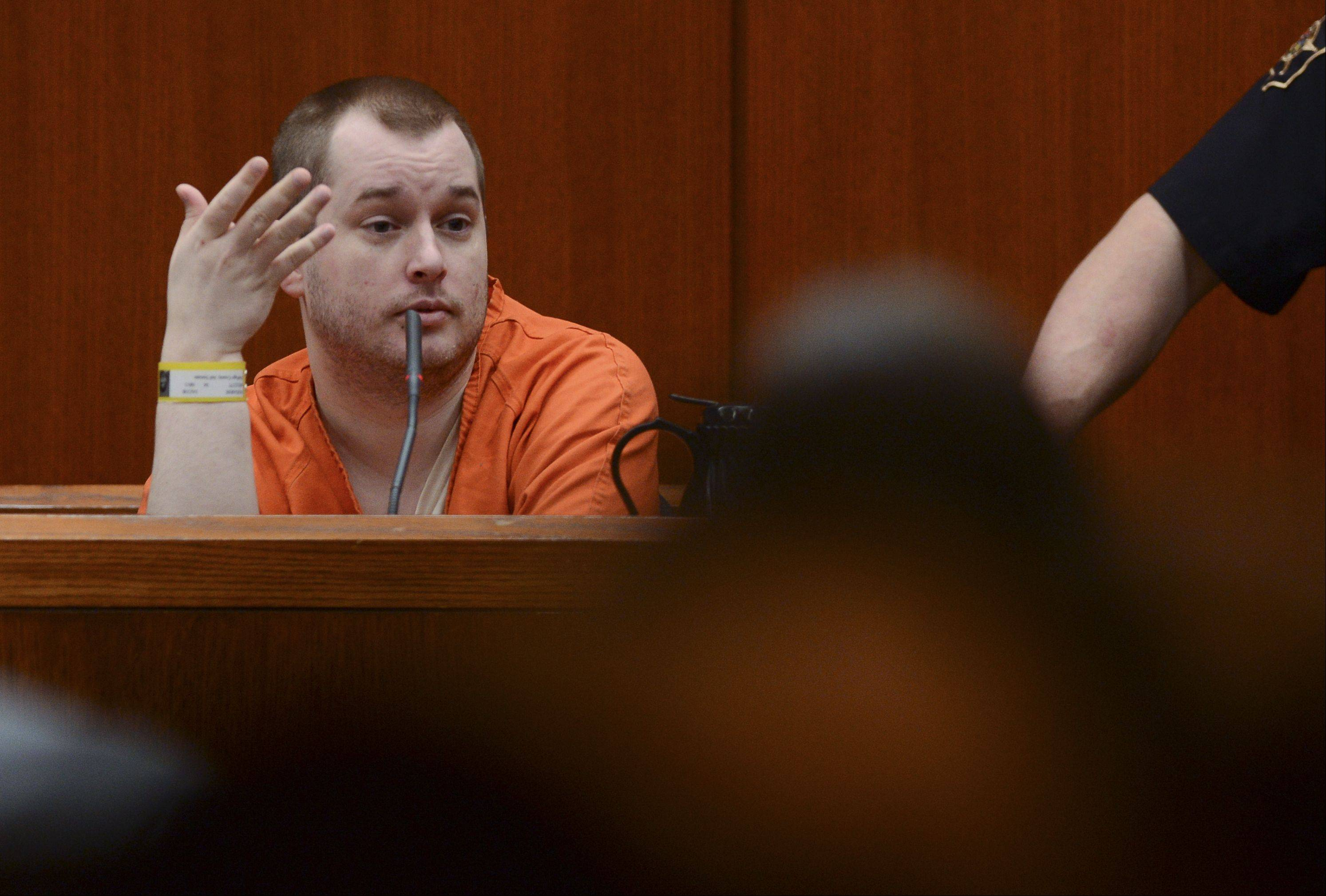 Witness Jacob Nodarse answers questions during cross examination in the murder trial of Johnny Borizov at DuPage County Courthouse in Wheaton Tuesday, April 30, 2013.