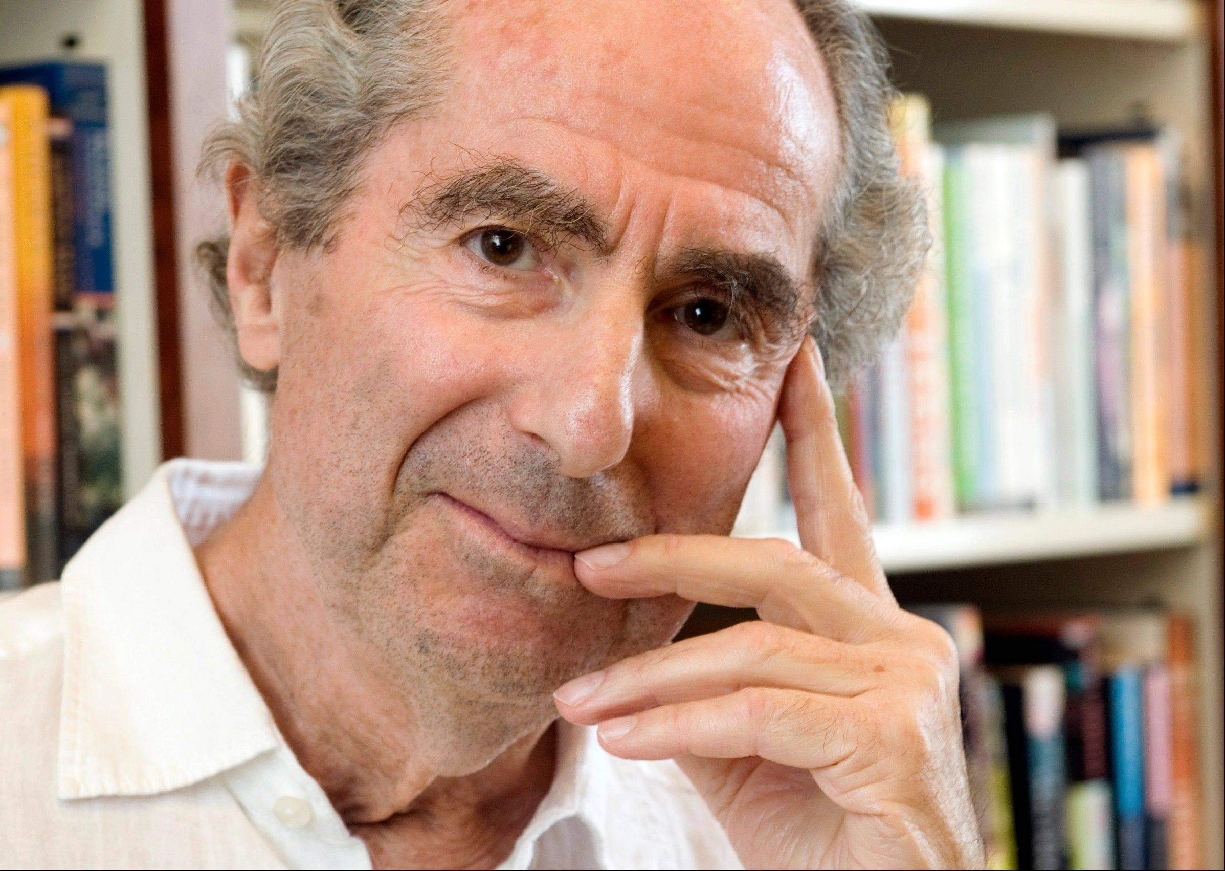 Author Philip Roth received the PEN/Allen Foundation Literary Service Award. He was cited for such novels as �Sabbath�s Theater� and �American Pastoral,� but also for his advocacy in the 1970s and 1980s for writers in Czechoslovakia and other Eastern bloc countries during the Cold War.