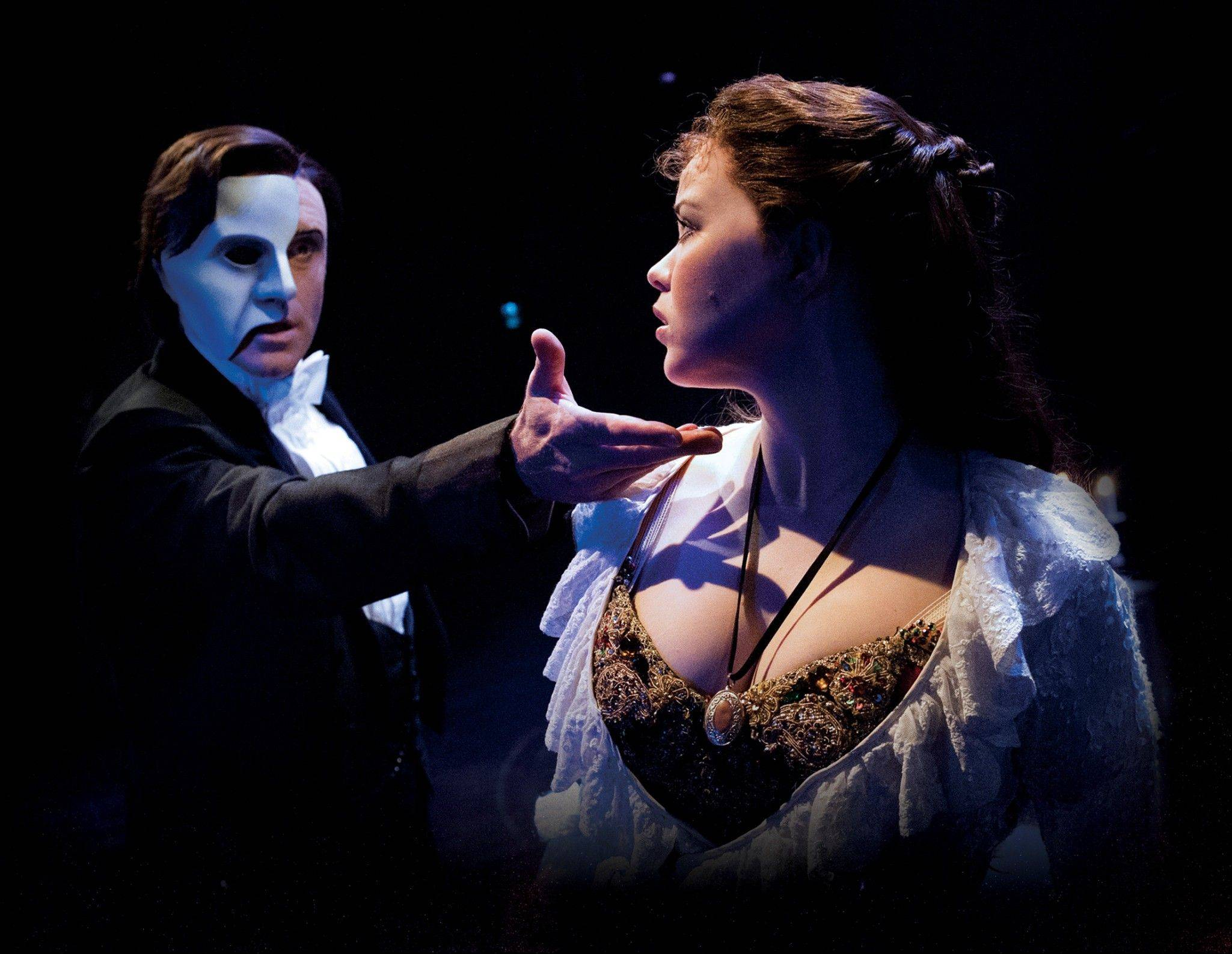 "Earl Carpenter and Katie Hall star in the U.K. tour of ""The Phantom of the Opera."" The newly conceived tour will play the Cadillac Palace Theatre in Chicago in early 2014."