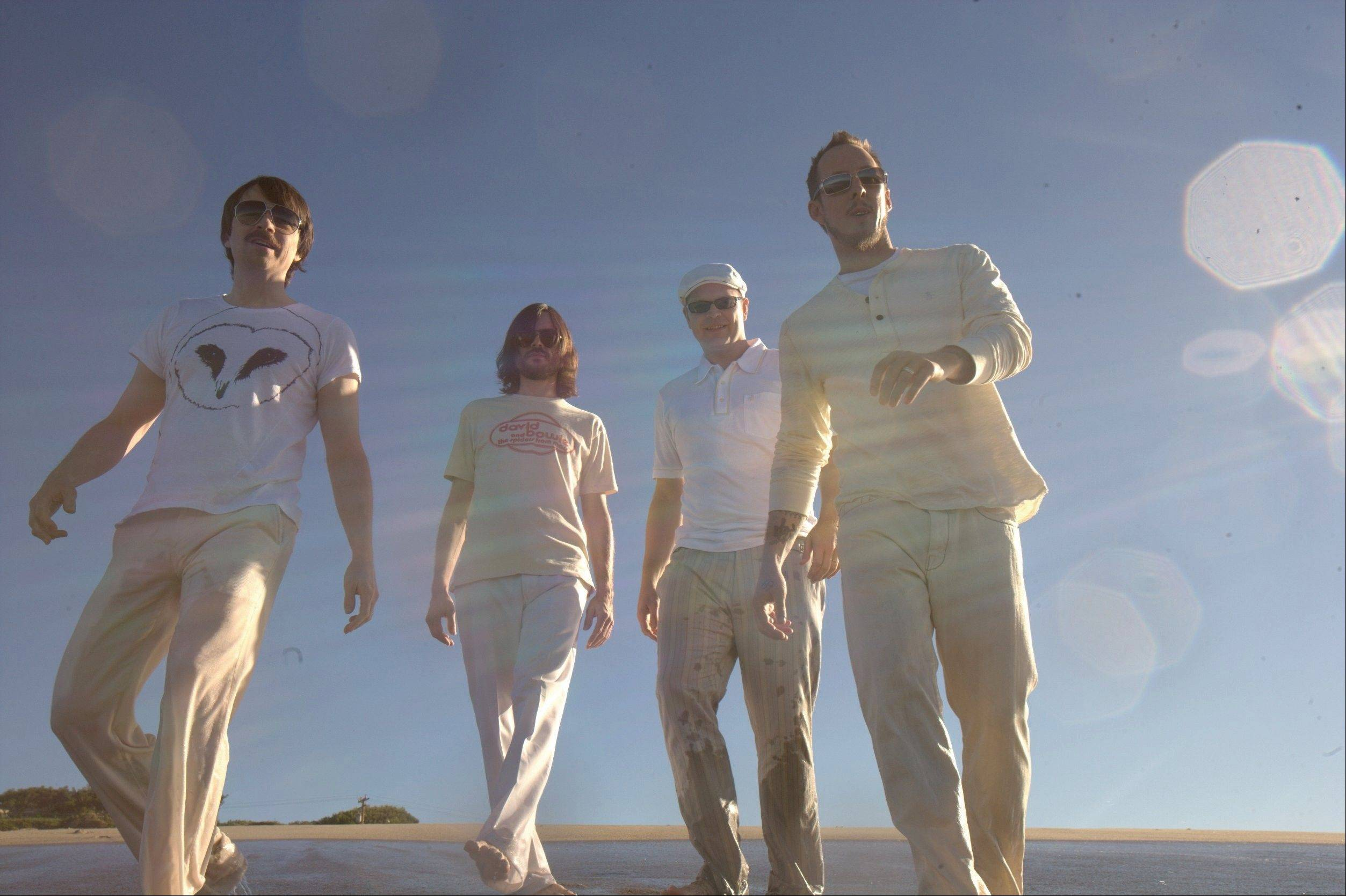 Alt-rock favorites Weezer will play a free concert June 22 at Woodfield Mall.
