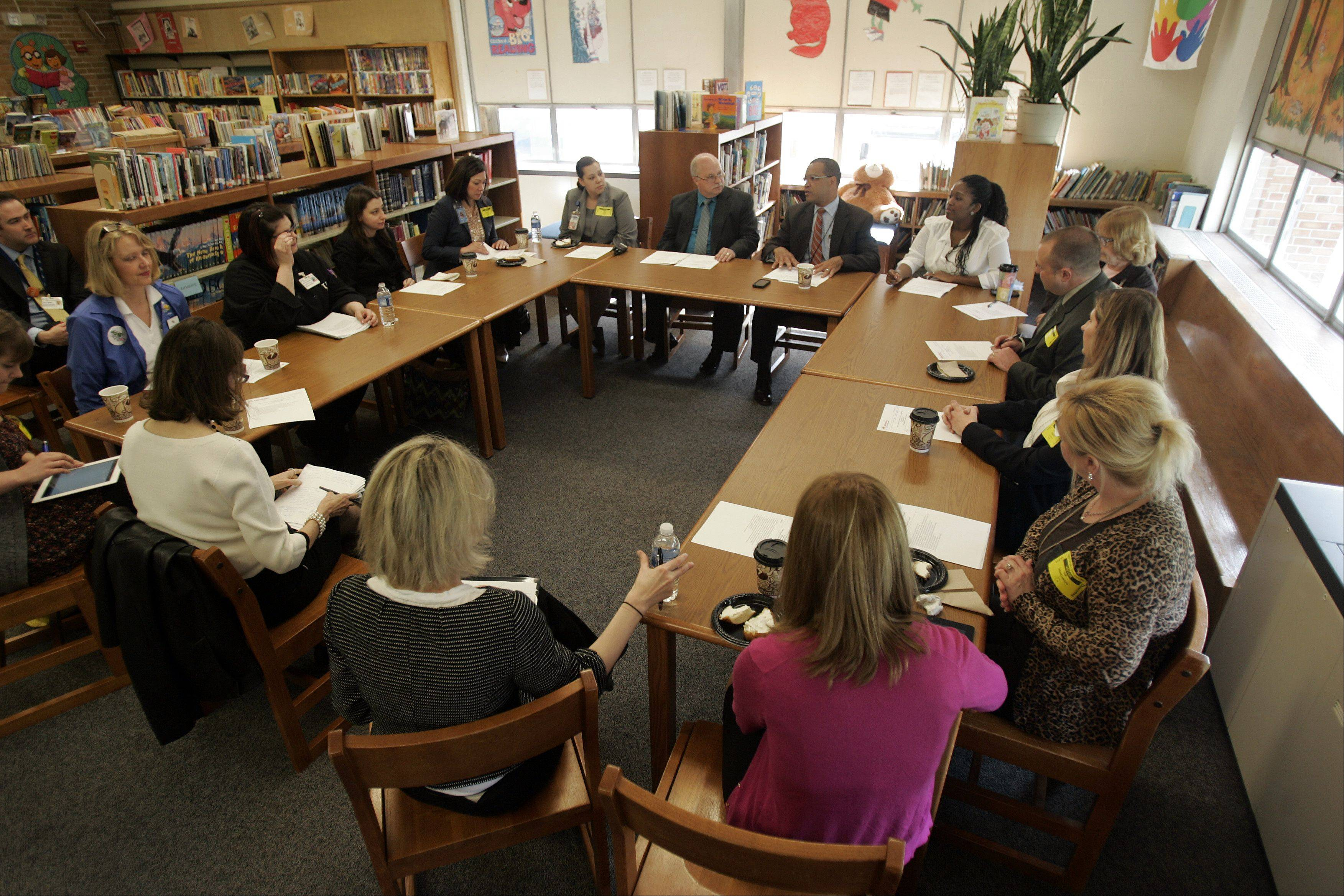 Harriet Gifford Elementary School in Elgin hosted a round-table discussion Thursday to highlight the Breakfast in the Classroom program.