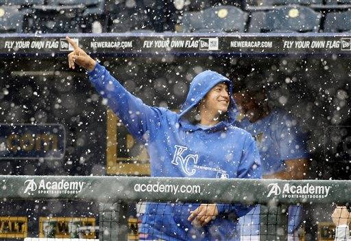 The White Sox-Royals game was postponed Friday due to freezing rain and will be made up Monday, when the teams were scheduled to have a day off and the forecast is much better.