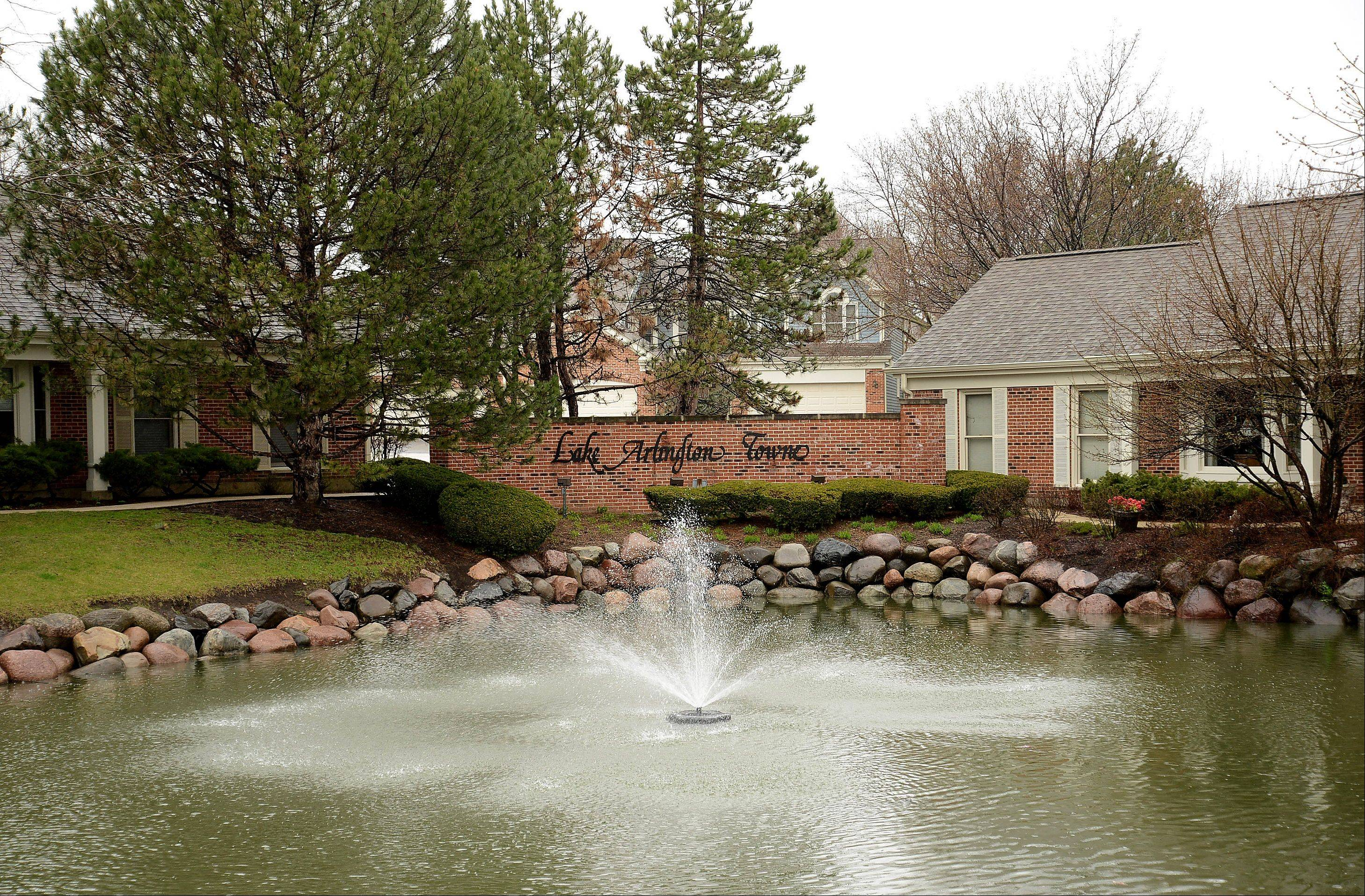 The Lake Arlington neighborhood offers a mix of townhouses and single-family homes.