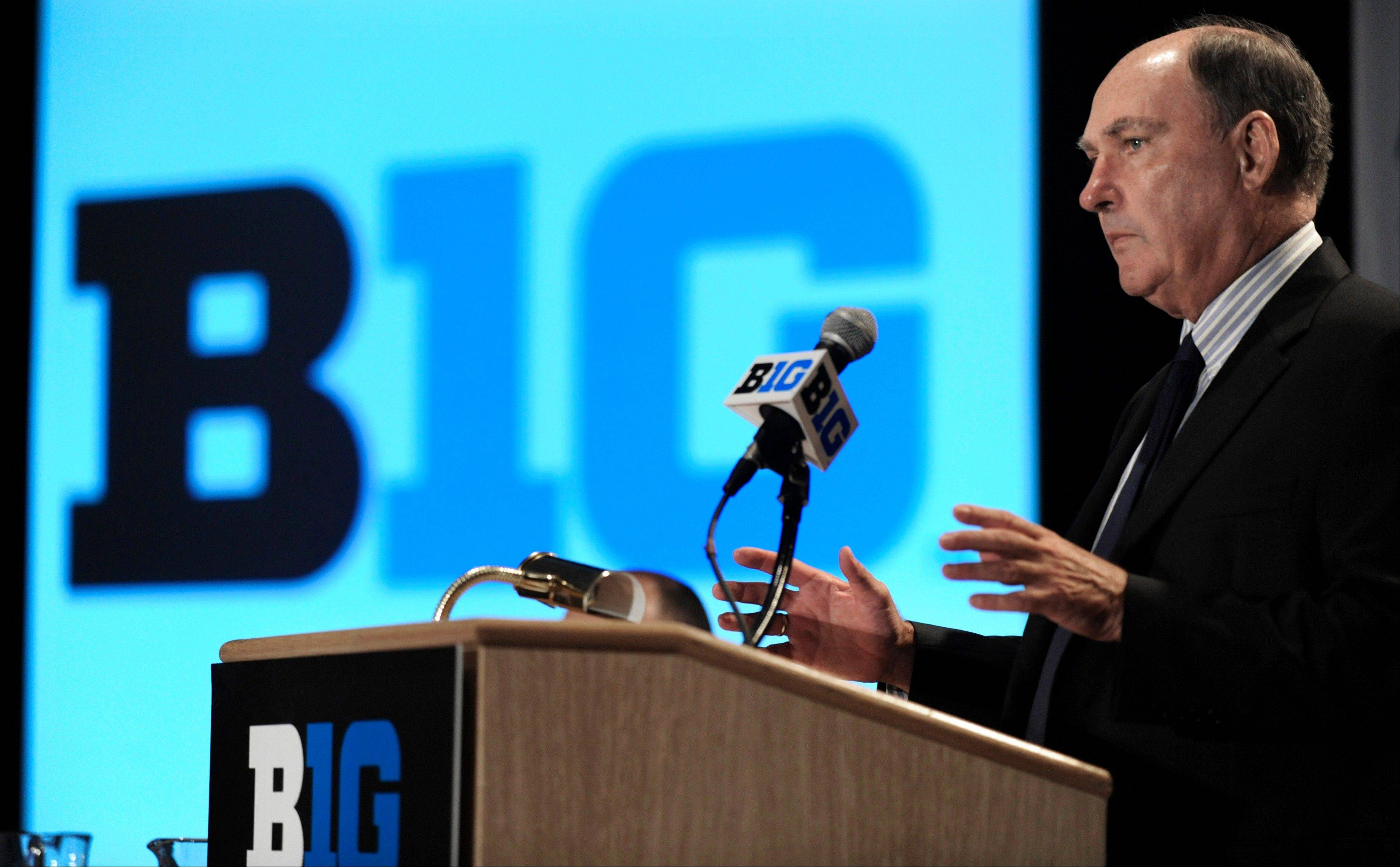 Big Ten commissioner Jim Delany has said he doesn't believe member schools would be interested if a court ruling requires a pay-for-play model that involves contracts and individual negotiations with college recruit.