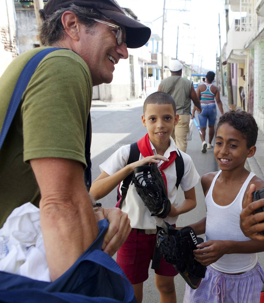 Gear for Goals compassion associate, world-renowned photographer Daniel Borris joined G4G's humanitarian efforts during recent vacation to Cuba, finding enthusiastic and excited children who couldn't believe they were getting these gifts for free.