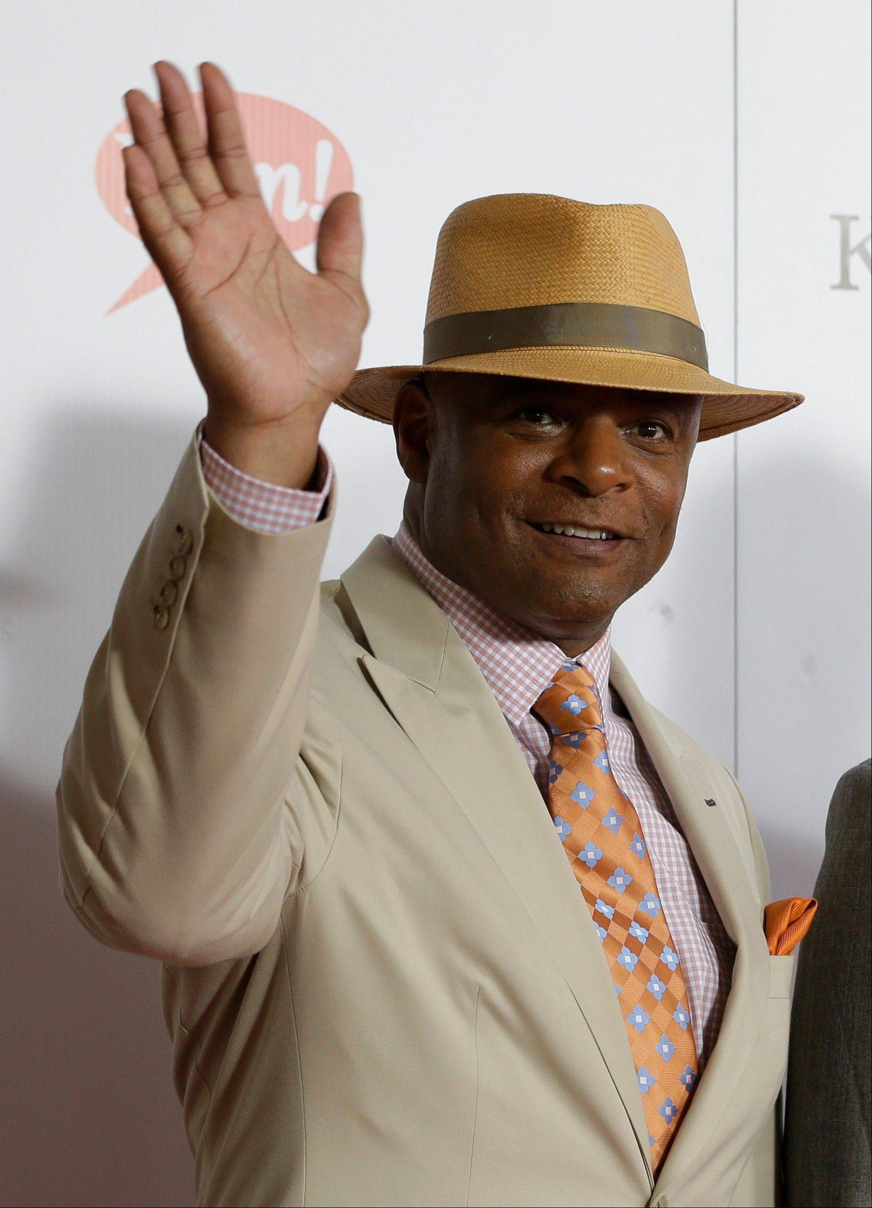 Former NFL player Warren Moon arrives to attend the 139th Kentucky Derby at Churchill Downs Saturday.