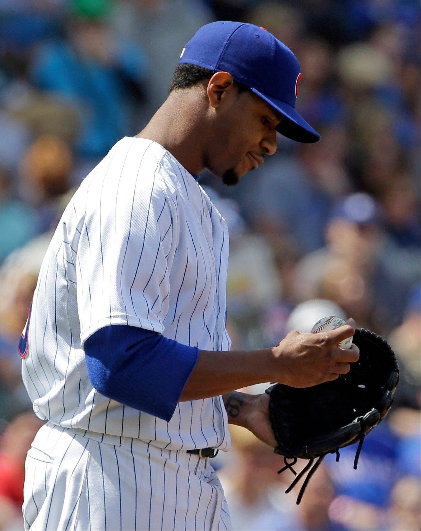 Cubs starter Edwin Jackson reacts after Cincinnati's Jay Bruce hit an run-scoring double in the Reds' 3-run fourth inning Sunday. Jackson fell to 0-5 with the 7-4 loss.