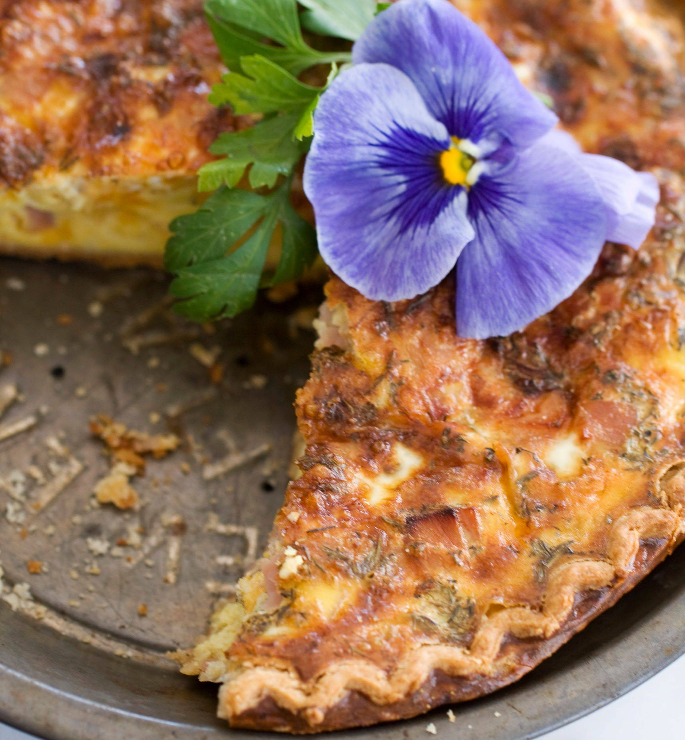 Make mom's day with a nice slice of Ham and Cheddar Quiche.)