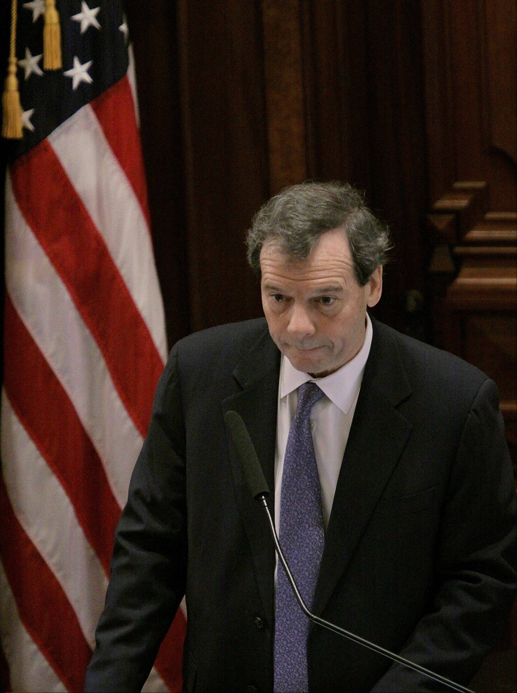 Illinois Senate President John Cullerton's union-backed pension-cutting plan was approved by a Senate committee Wednesday.