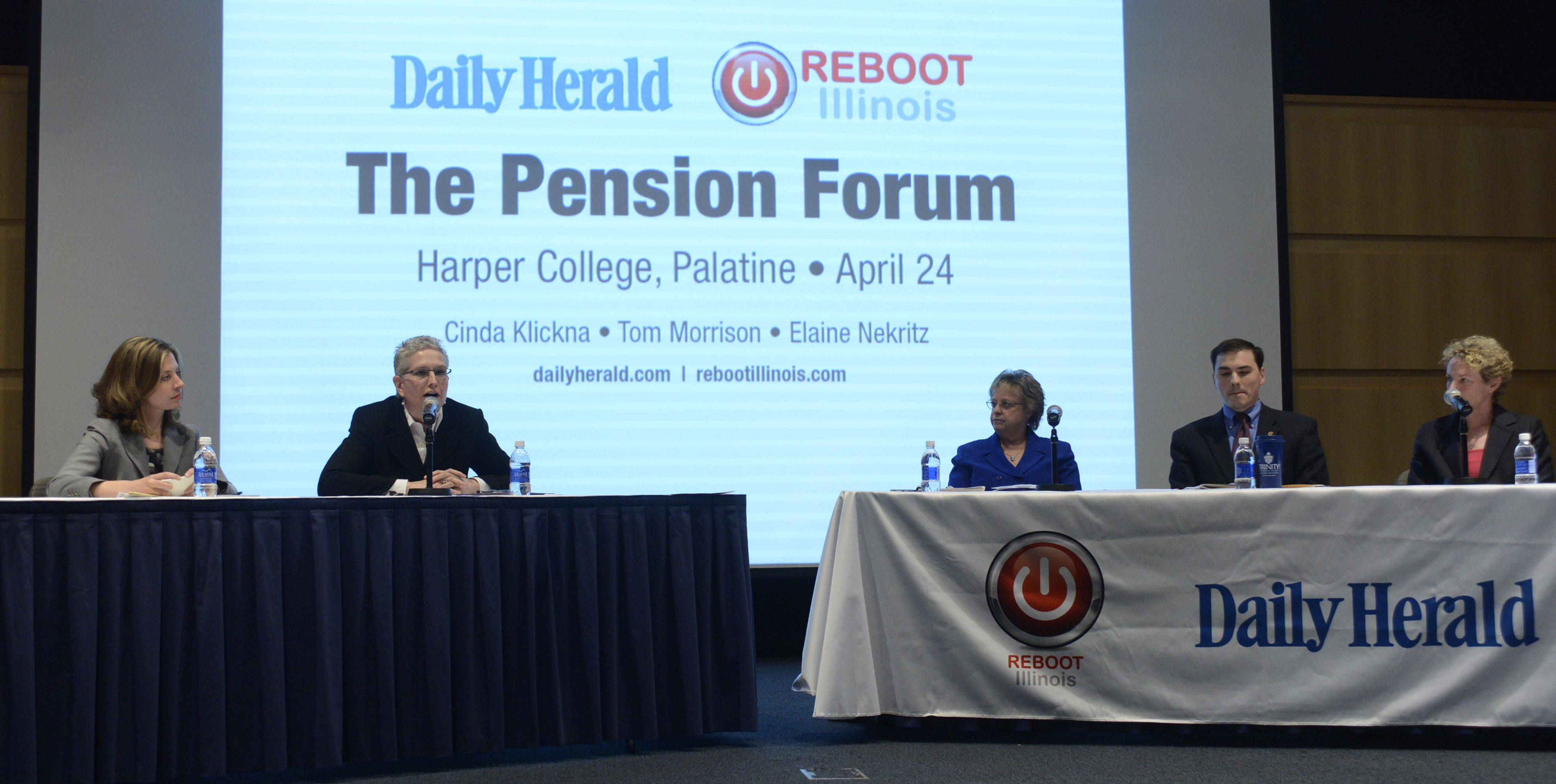 JOE LEWNARD/jlewnard@dailyherald.com � Left to right, Kerry Lester, Daily Herald political editor, Madeleine Doubek, chief operating officer of Reboot Illinois, Cinda Klickna, Illinois Education Association president, and state representatives Tom Morrison and Elaine Nekritz took park in a pension reform forum sponsored by the Daily Herald and Reboot Illinois, held at Harper College in Palatine last month.
