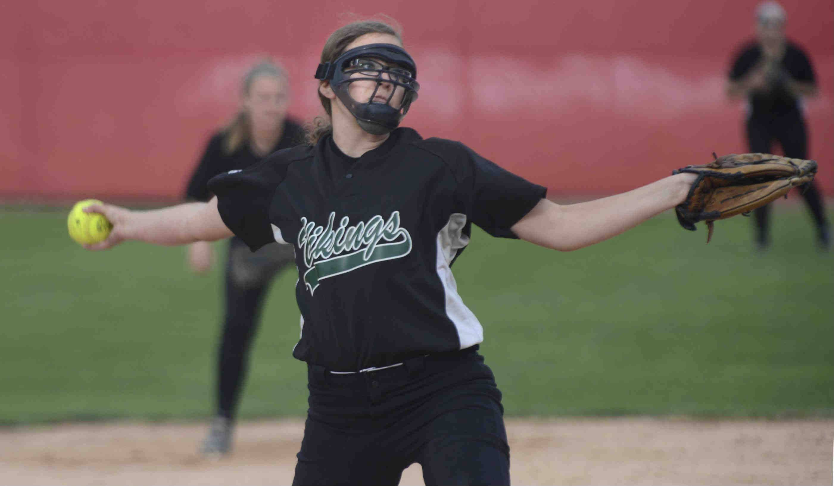 Fremd pitcher Ashlynne Schwantz delivers against Barrington on Monday at the Fields of Dreams in Barrington.