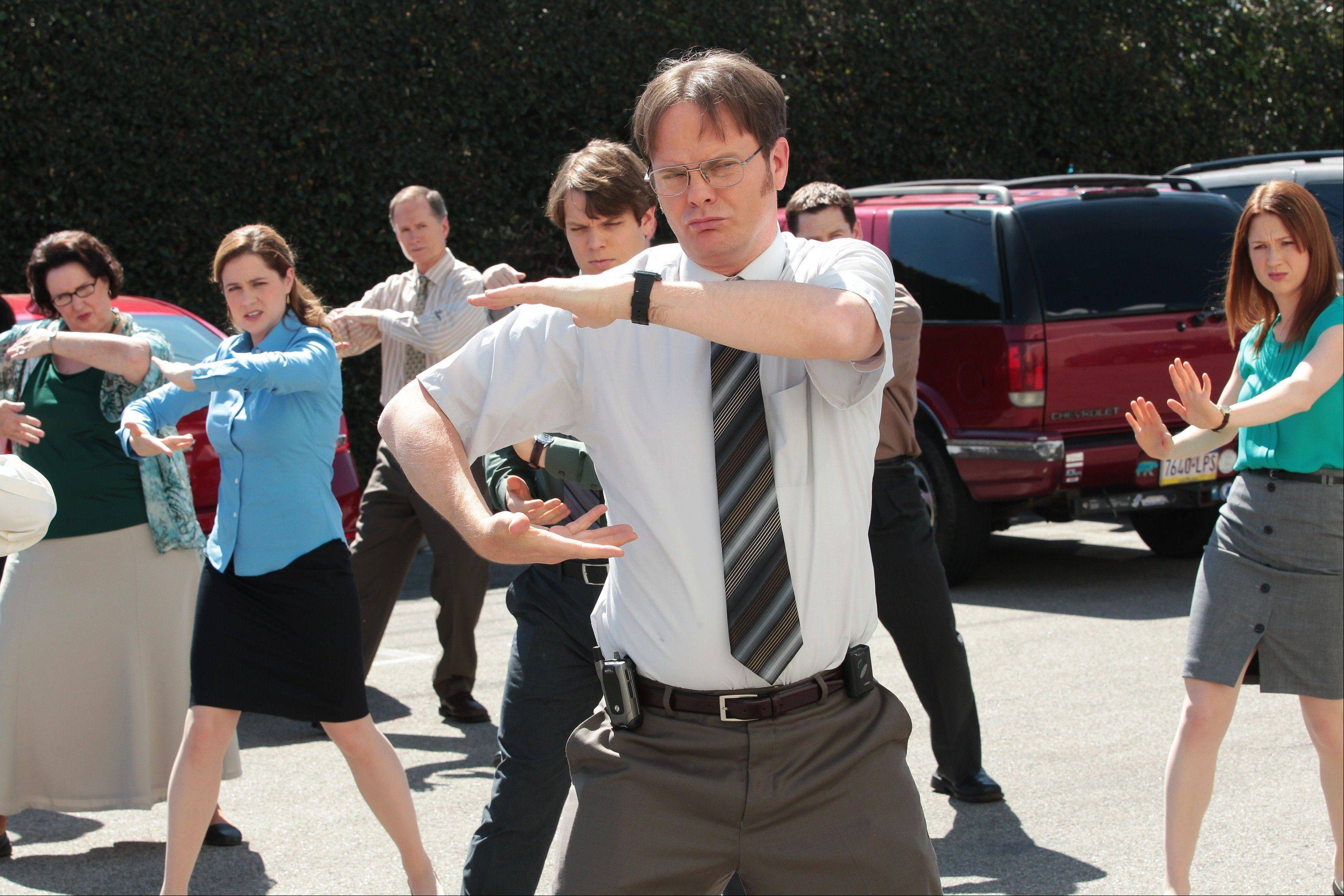 "Phyllis Smith as Phyllis Vance, left, Jenna Fischer as Pam Beesly Halpert, Jake Lacy as Pete, Rainn Wilson as Dwight Schrute and Ellie Kemper as Erin Hannon in the ""Finale"" episode for ""The Office"" on NBC."