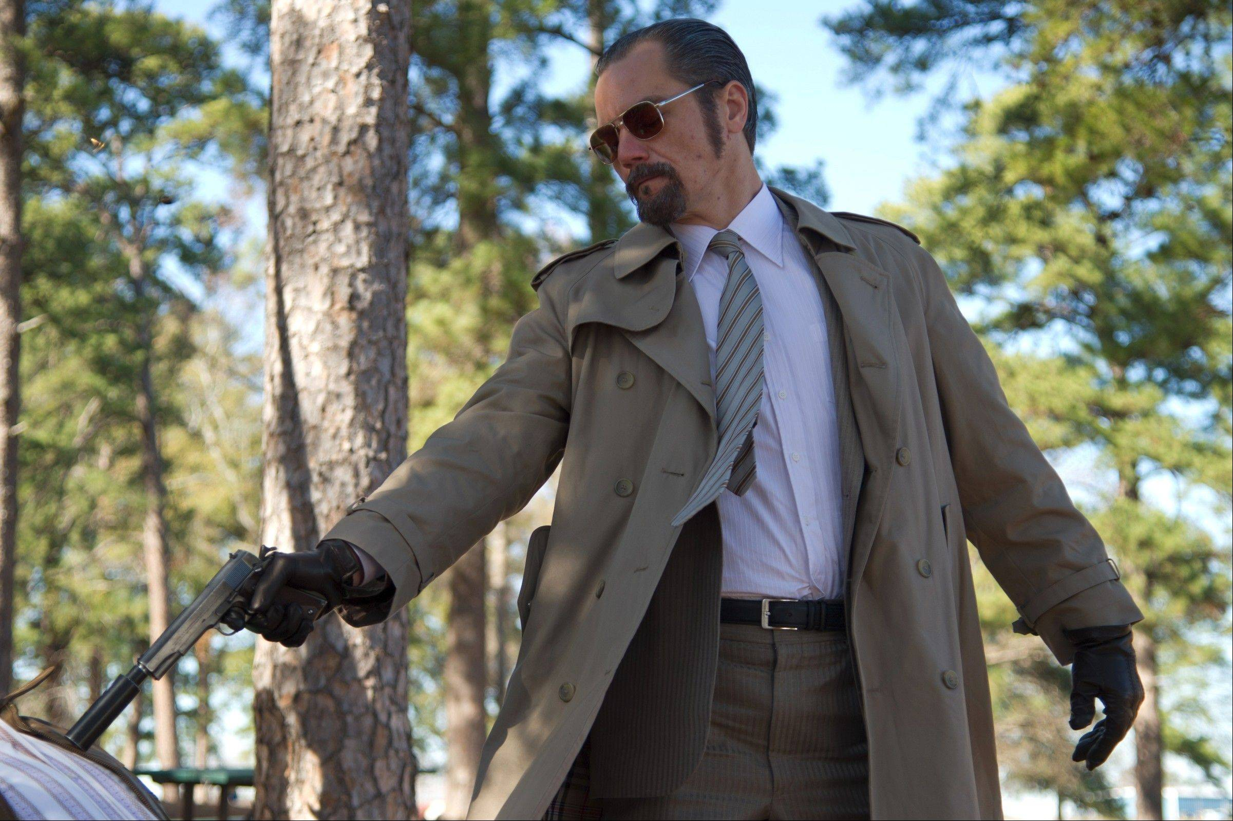 "Chicago actor Michael Shannon plays real-life mob assassin Richard Kuklinski in the fact-based drama ""The Iceman."""