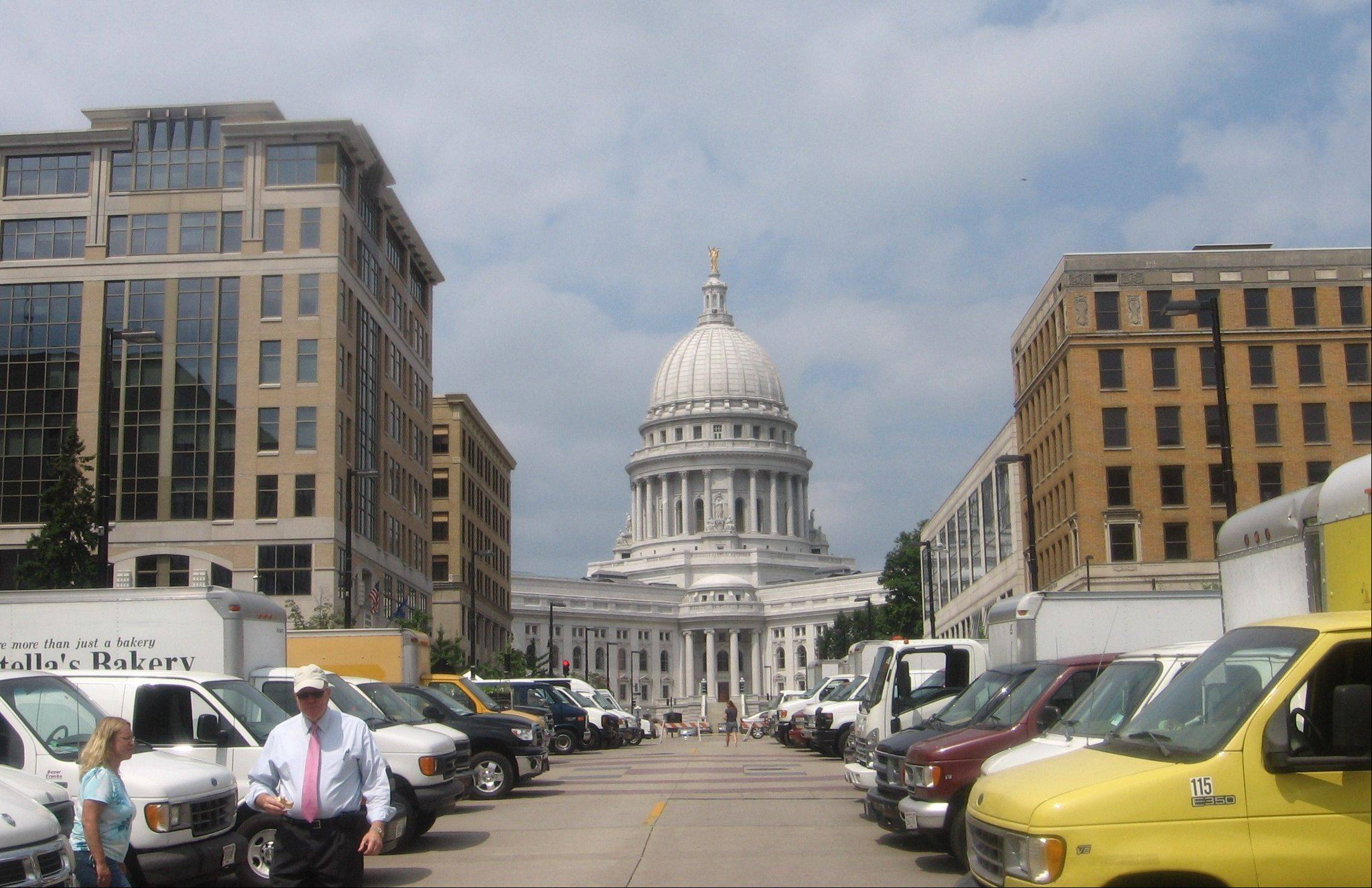 When in Madison, Wis., park your car and bike around the city instead.