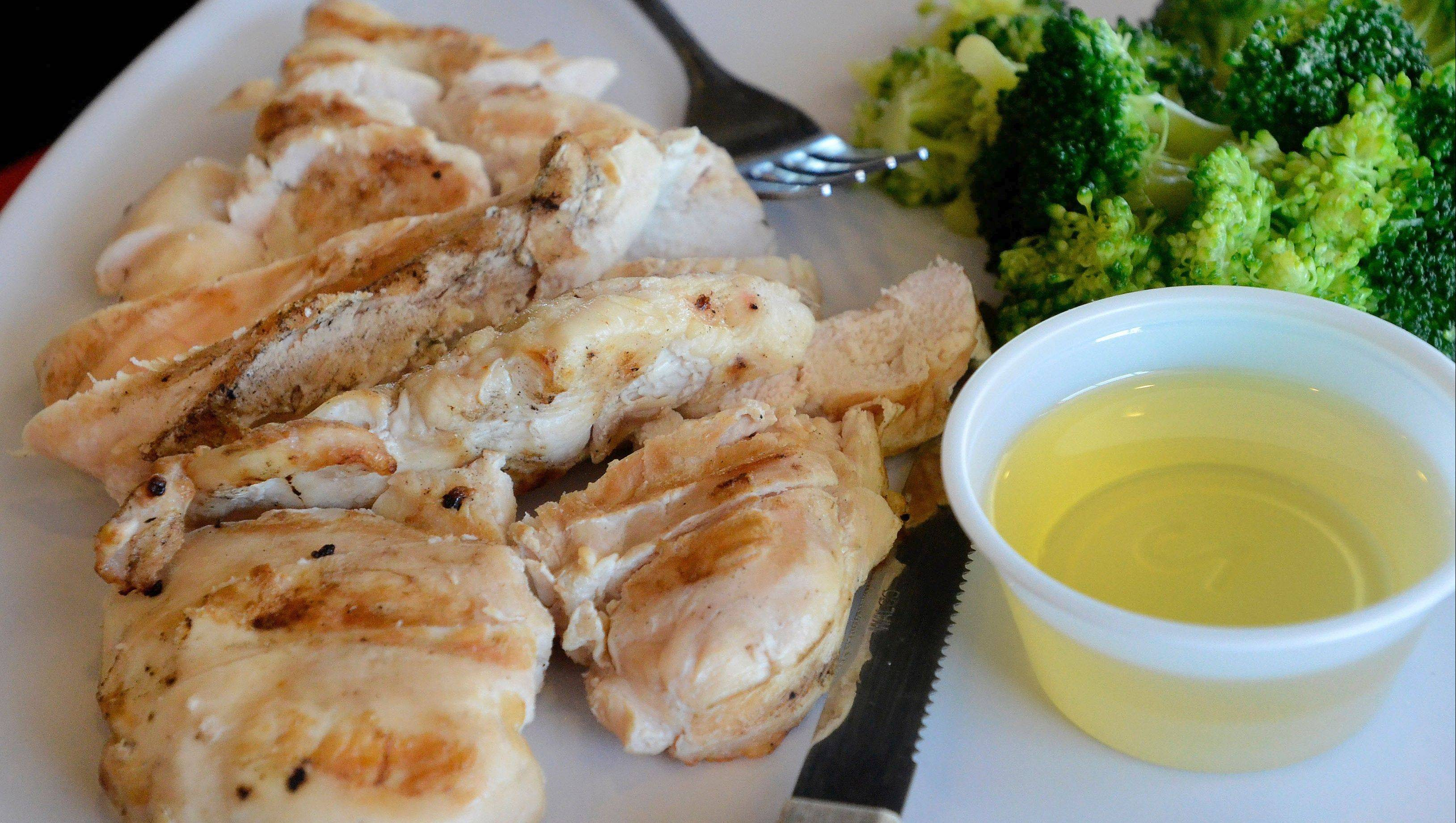 Muscle Maker Grill gave contenstants gift certificates to choose from among the healthy foods on its menu. Daily Herald participant Melynda Findlay ordered chicken, broccoli and olive oil.