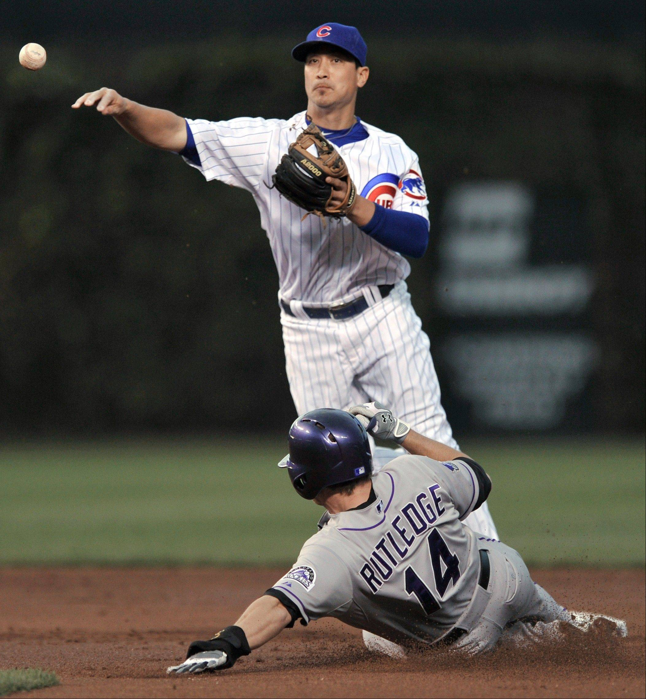 Cubs second baseman Darwin Barney has continued to play Gold Glove defense, and he also has been able to pick up his offense of late.