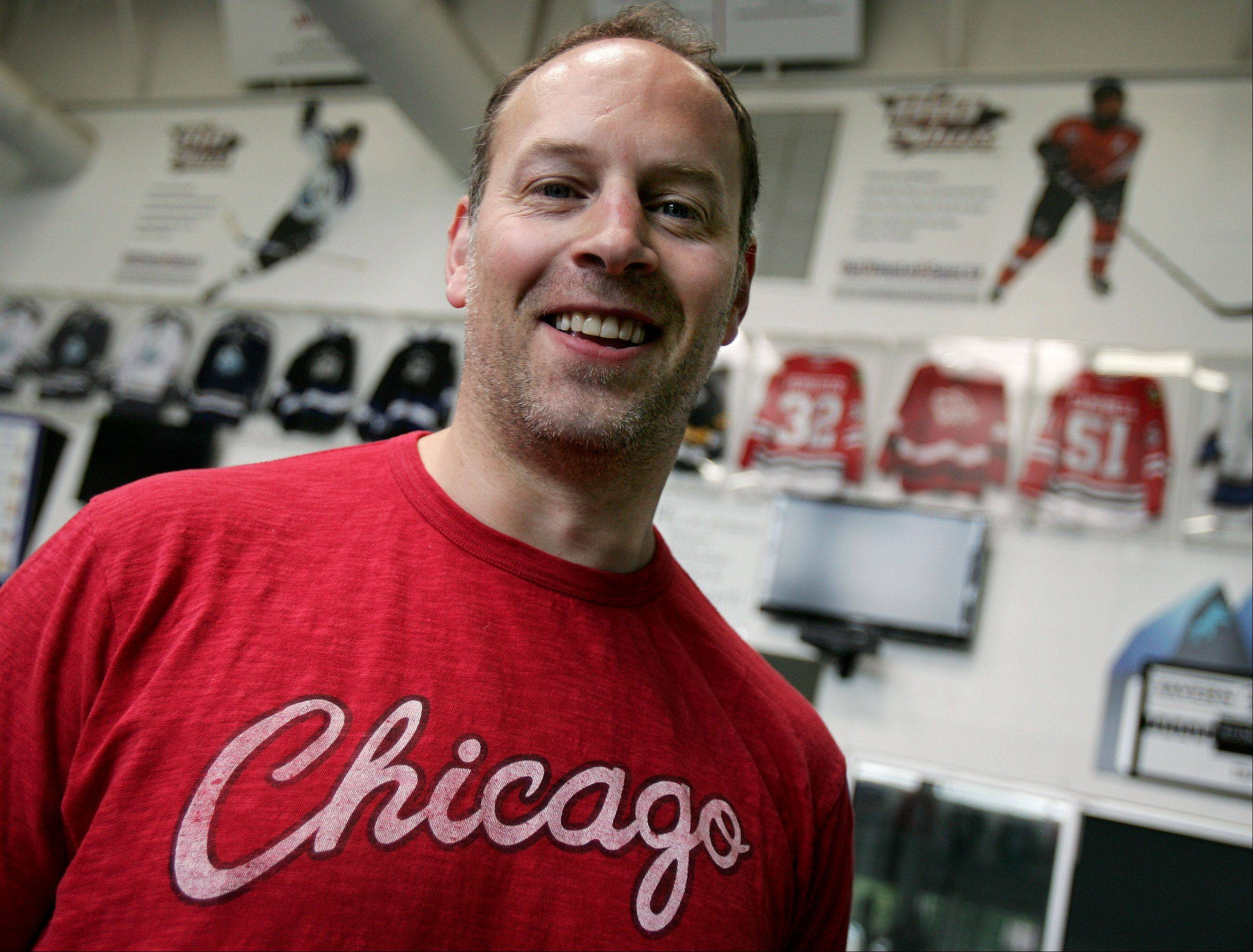 Steve Dubinsky, a former Chicago Blackhawks player for five years, will be an instructor at a summer hockey camp at Glacier Ice Arena in Vernon Hills. He'll be joined by retired Hawks Eddie Olczyk, Steve Konroyd and Steve Smith.