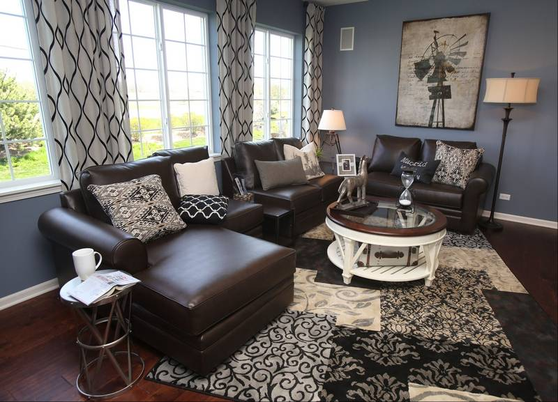 Vista and Tuscan model homes open at Symphony Meadows
