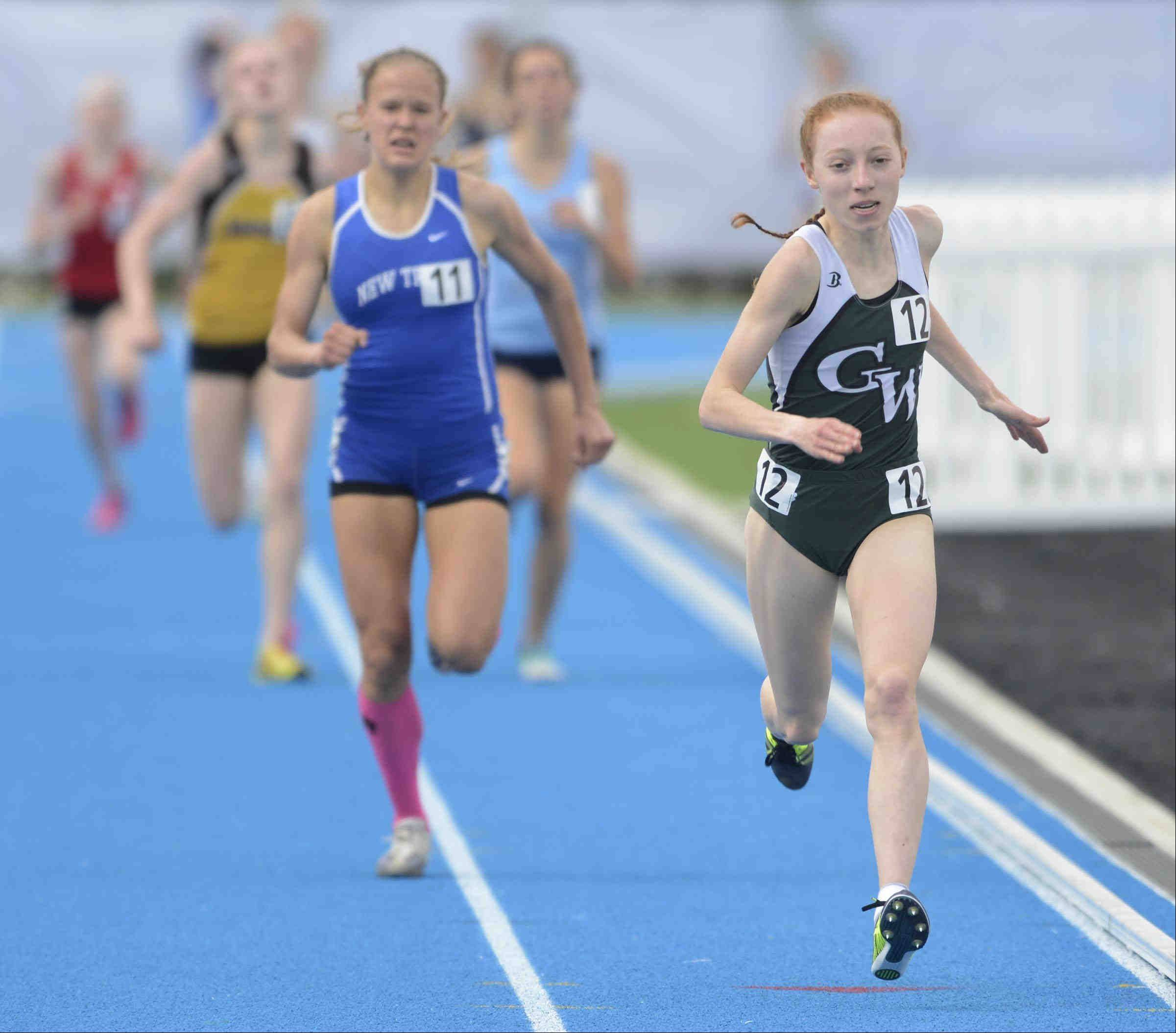 Glenbard West�s Madeline Perez wins the 3,200 meter run at the Class 3A girls state track and field finals at O�Brien Stadium at Eastern Illinois University in Charleston.