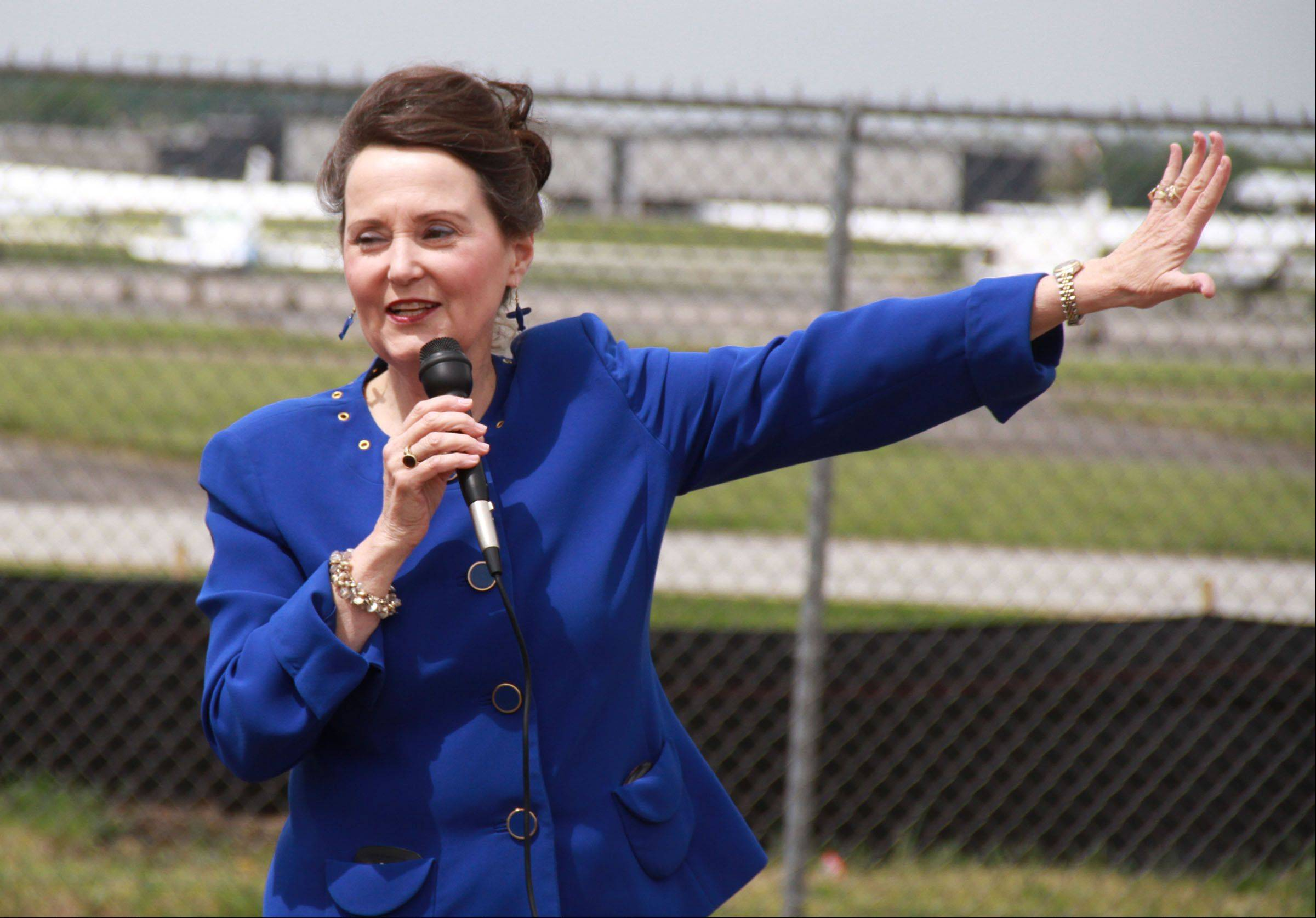 Susan Shea, director of the Illinois Division of Aeronautics speaks during a groundbreaking for a new facility by Hawthorne Global Aviation Service that includes a new hangar, executive terminal, and executive offices on the Prospect Heights side of the Chicago Executive Airport.