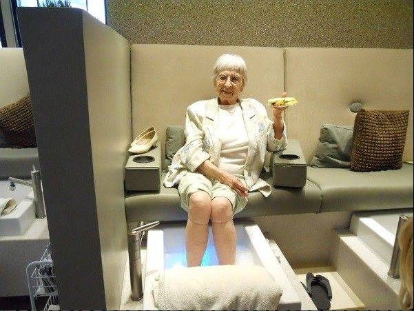 Ruth, a Marine Corps veteran, celebrated her 90th birthday with her first pedicure at Mario Tricoci of Schaumburg, courtesy of The Heart Of A Marine Foundation.