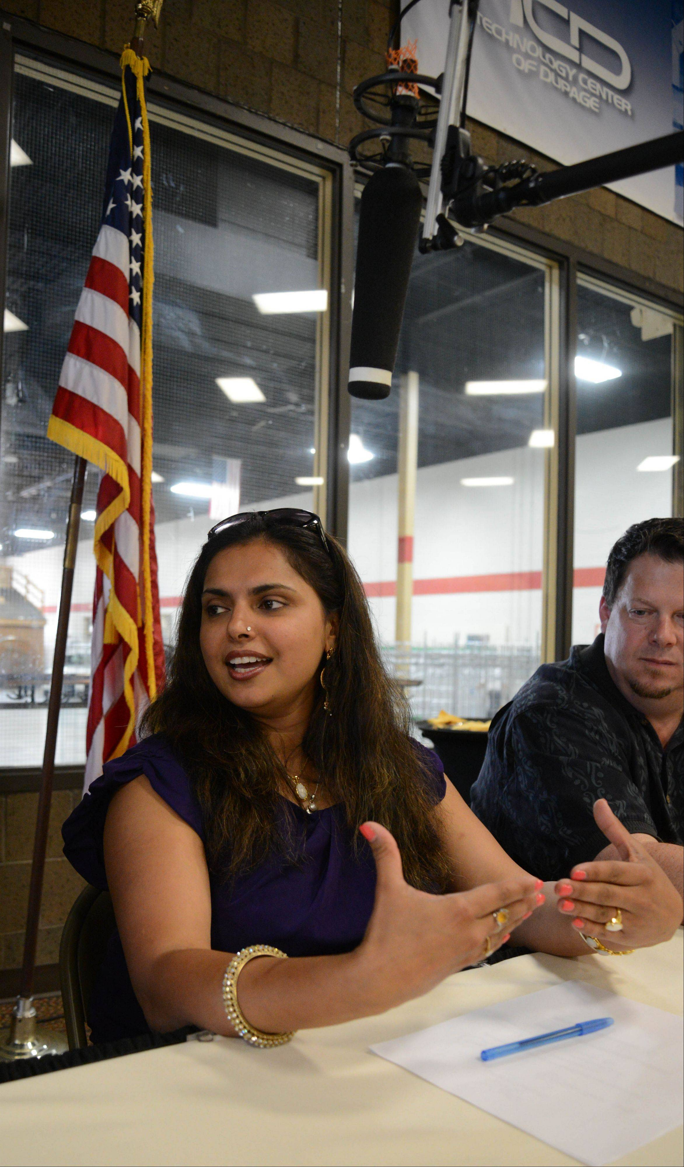 """Chopped"" judge Maneet Chauhan talks about the dishes created by three culinary students at the Technology Center of DuPage before announcing the local winner of The Cutting Edge Tour."