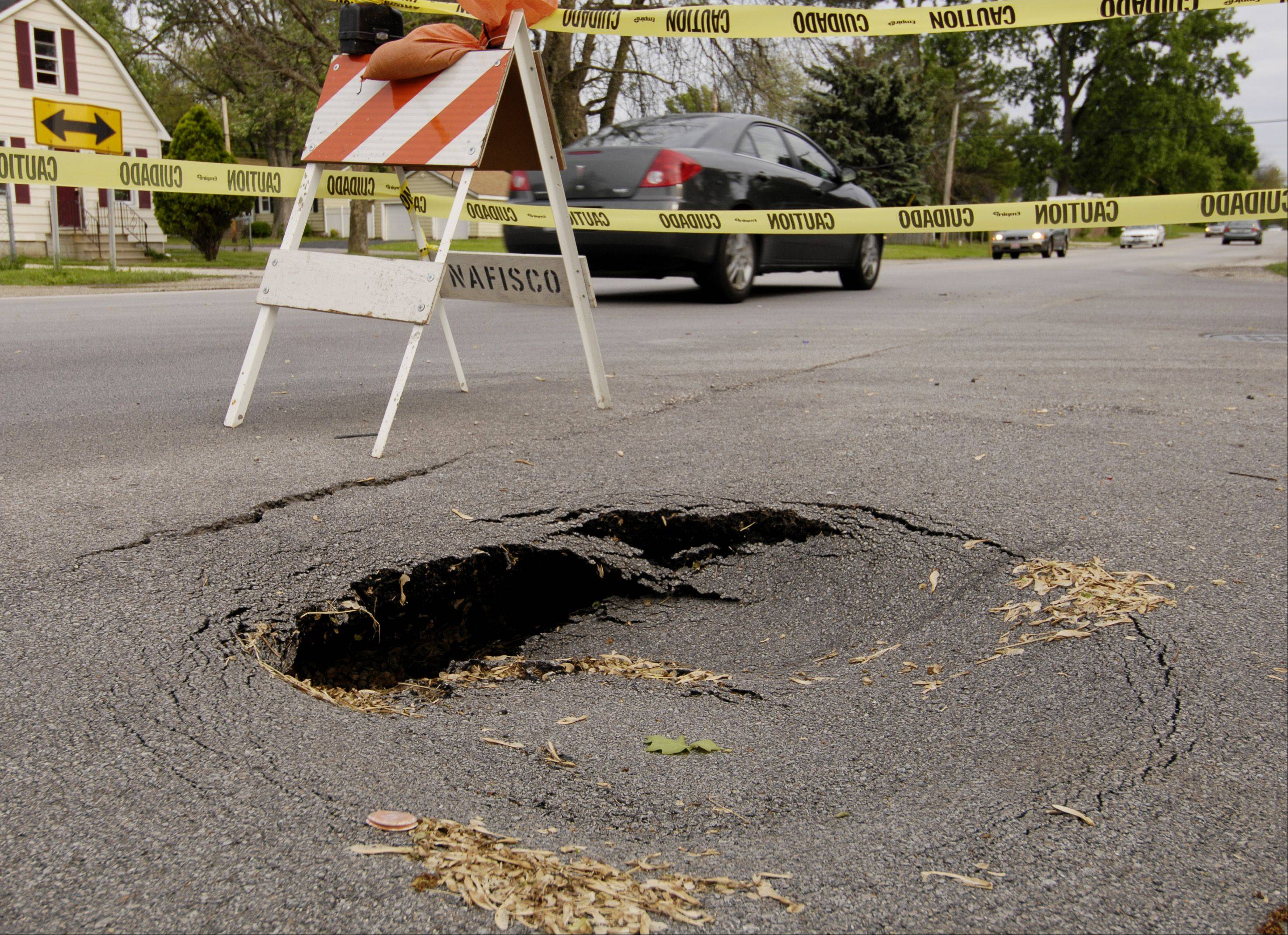 A small sinkhole at the intersection of Galena Boulevard and Farnsworth Avenue in Aurora will cause traffic issues when crews come to repair it Thursday.
