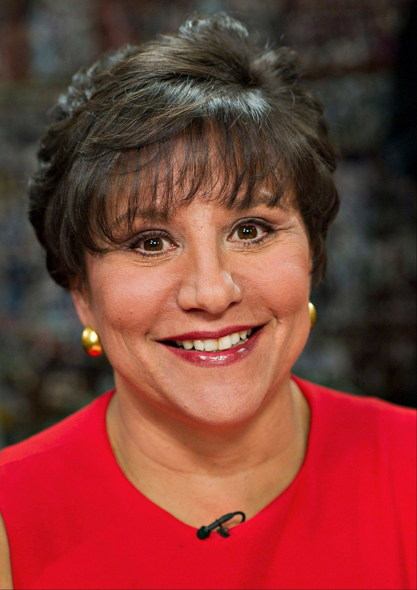 Chicago billionaire Penny Pritzker, whose fundraising prowess fueled President Barack Obama�s ascent, will confront Republicans� questions about a bank she led and offshore trusts that benefit her during a hearing on her nomination to be U.S. Commerce secretary.