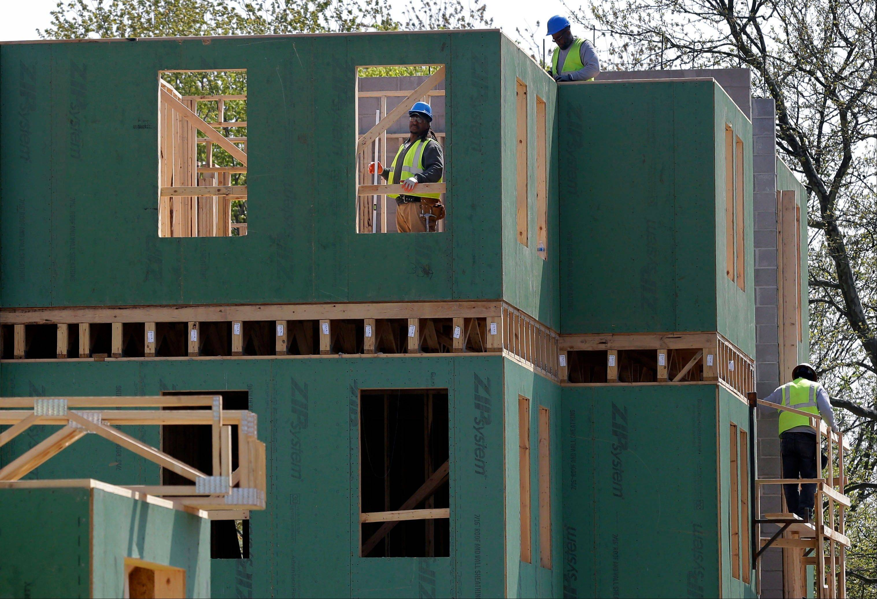 Sales of new homes rose in April to the second highest level since the summer of 2008 while the median price for a new home hit a record high, further signs that housing is recovering.